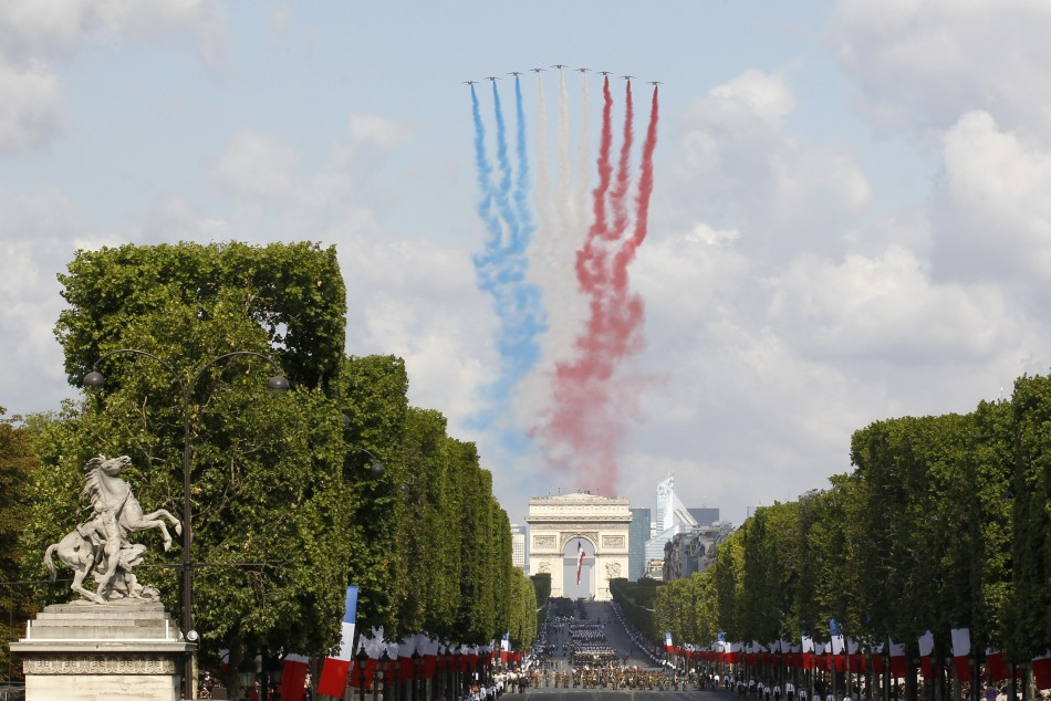 Bastille Day 2011: Pageantry on Parade (Photos)
