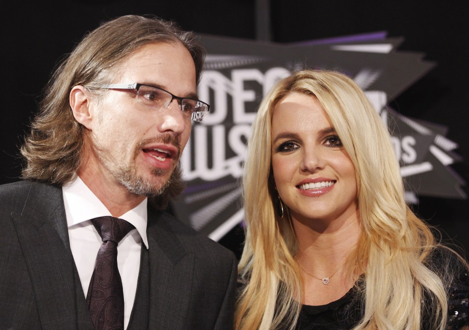who is britney spears dating jason