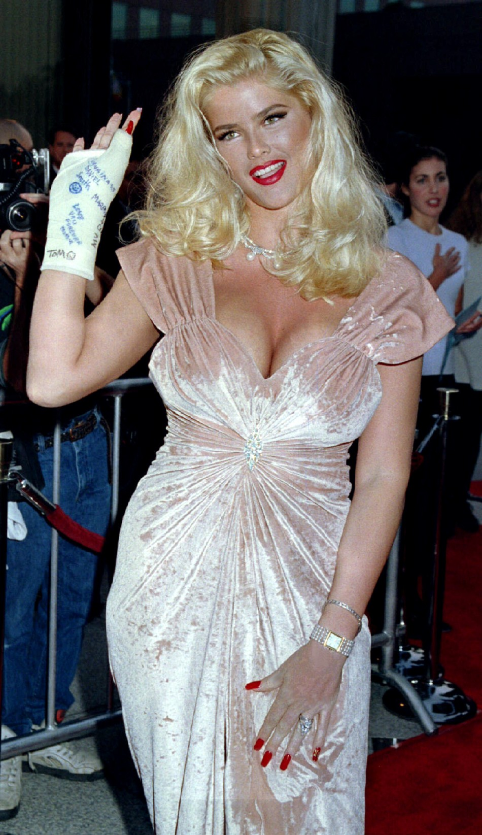 anna nicole smith dead 5 years ago today  timeline of her