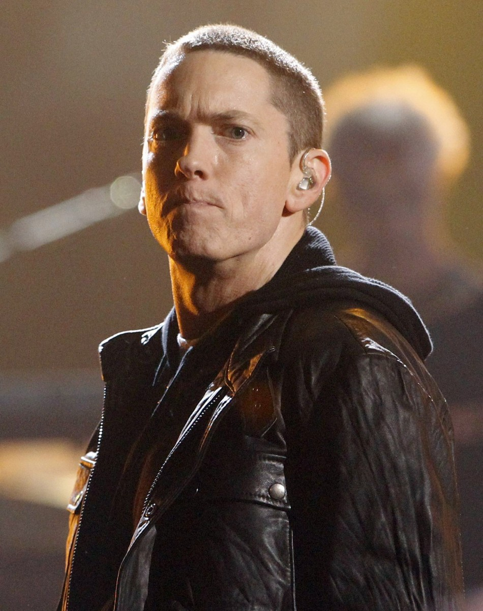Eminem Apologizes To Mother Debbie Mathers In Headlights Audio