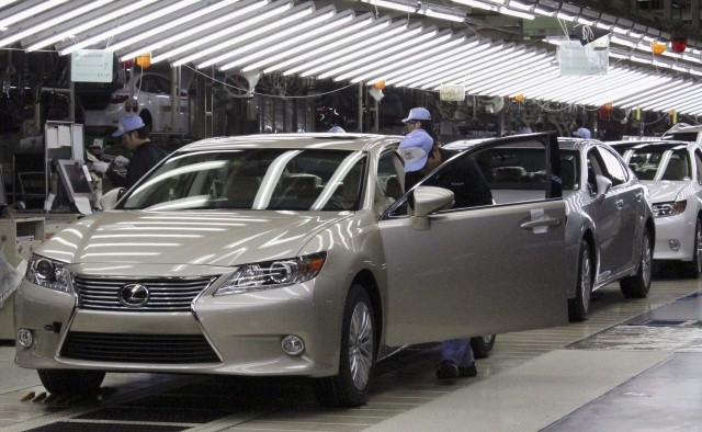 Toyota Expands Canada Manufacturing As Hedge Against