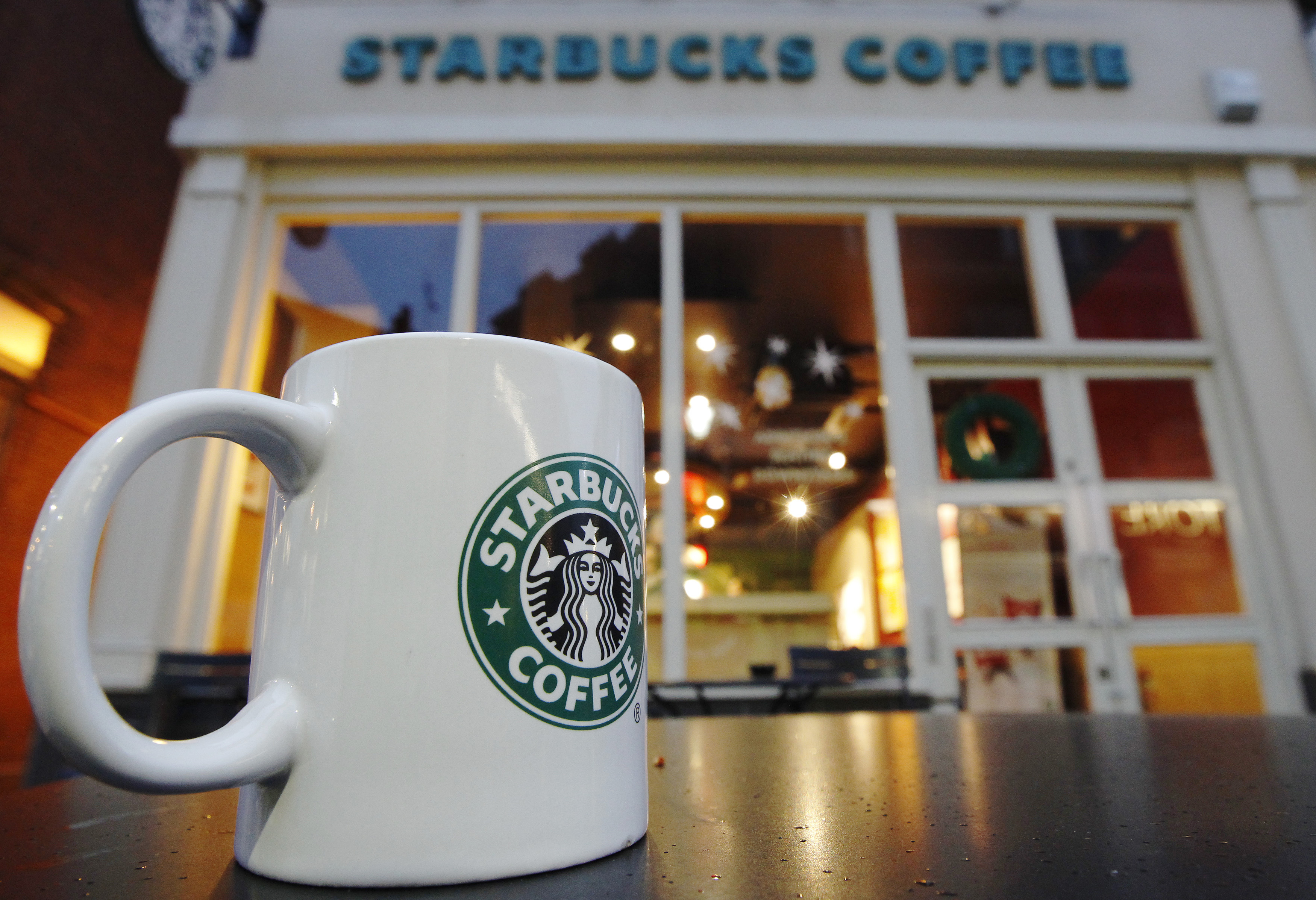 Starbucks To Open At Least 3 000 Stores Over Next Five Years