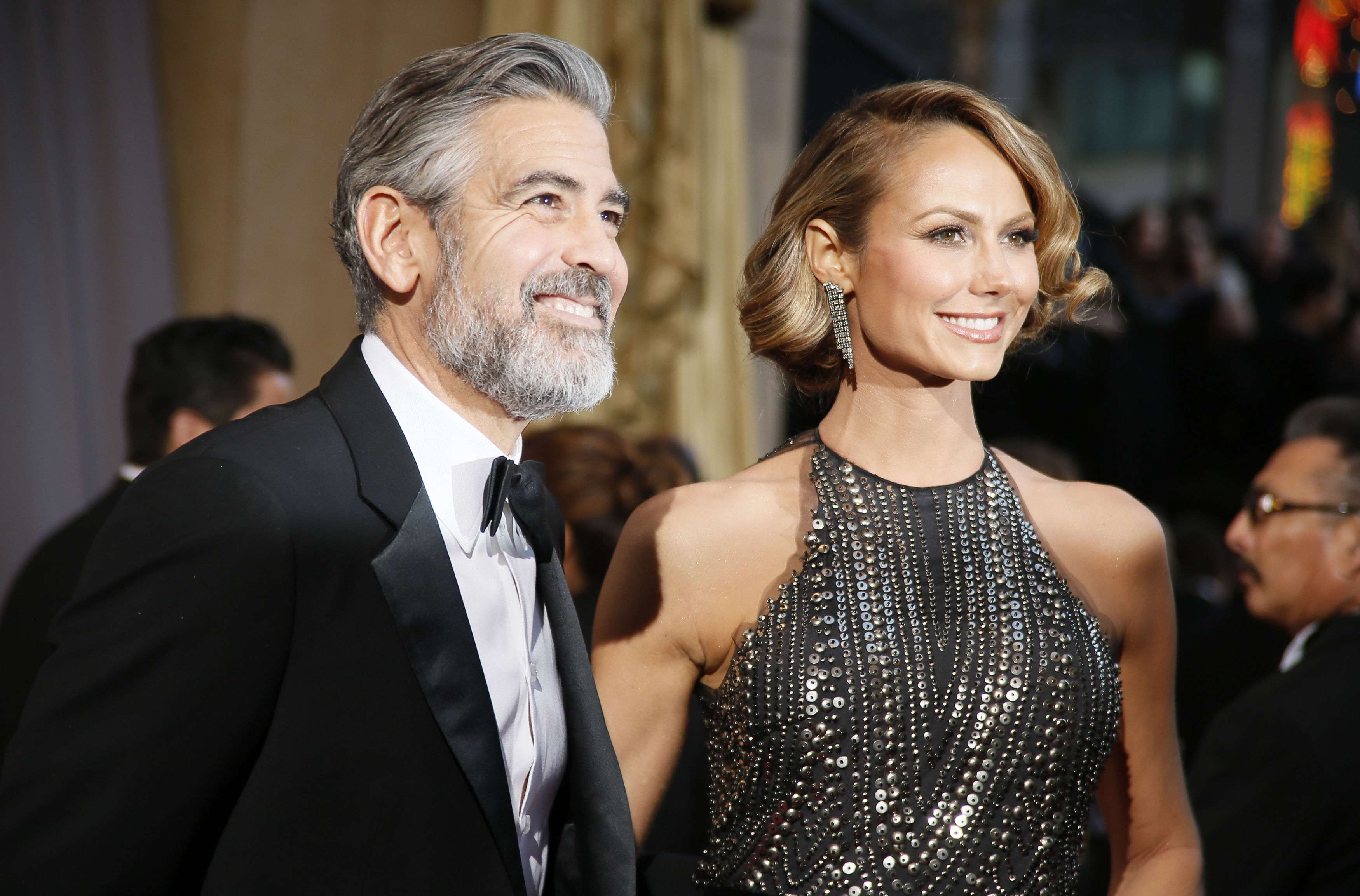 who is george clooney dating dec 2013