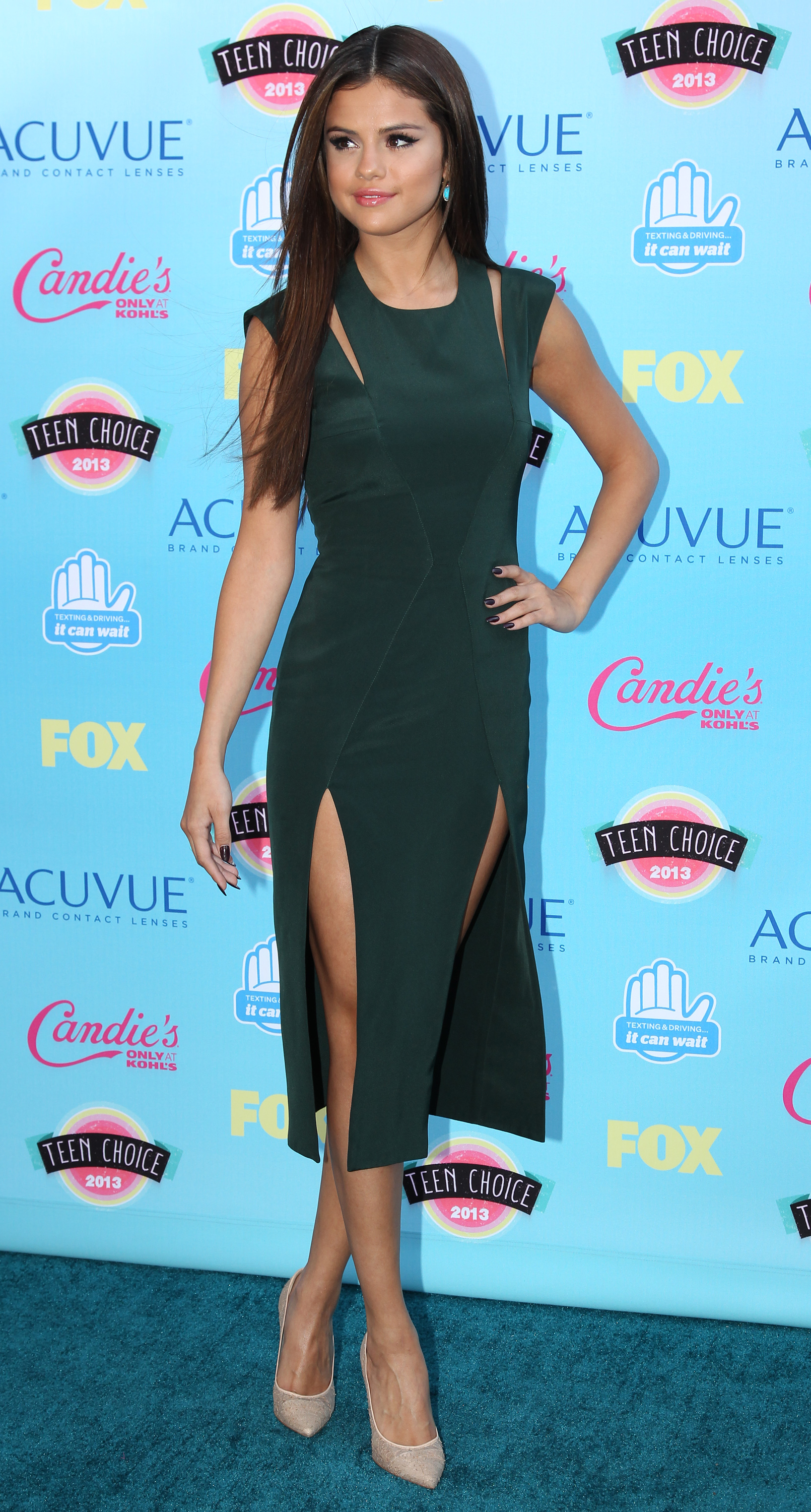 Teen Choice Awards 2013 Best And Worst Dressed On The Tca