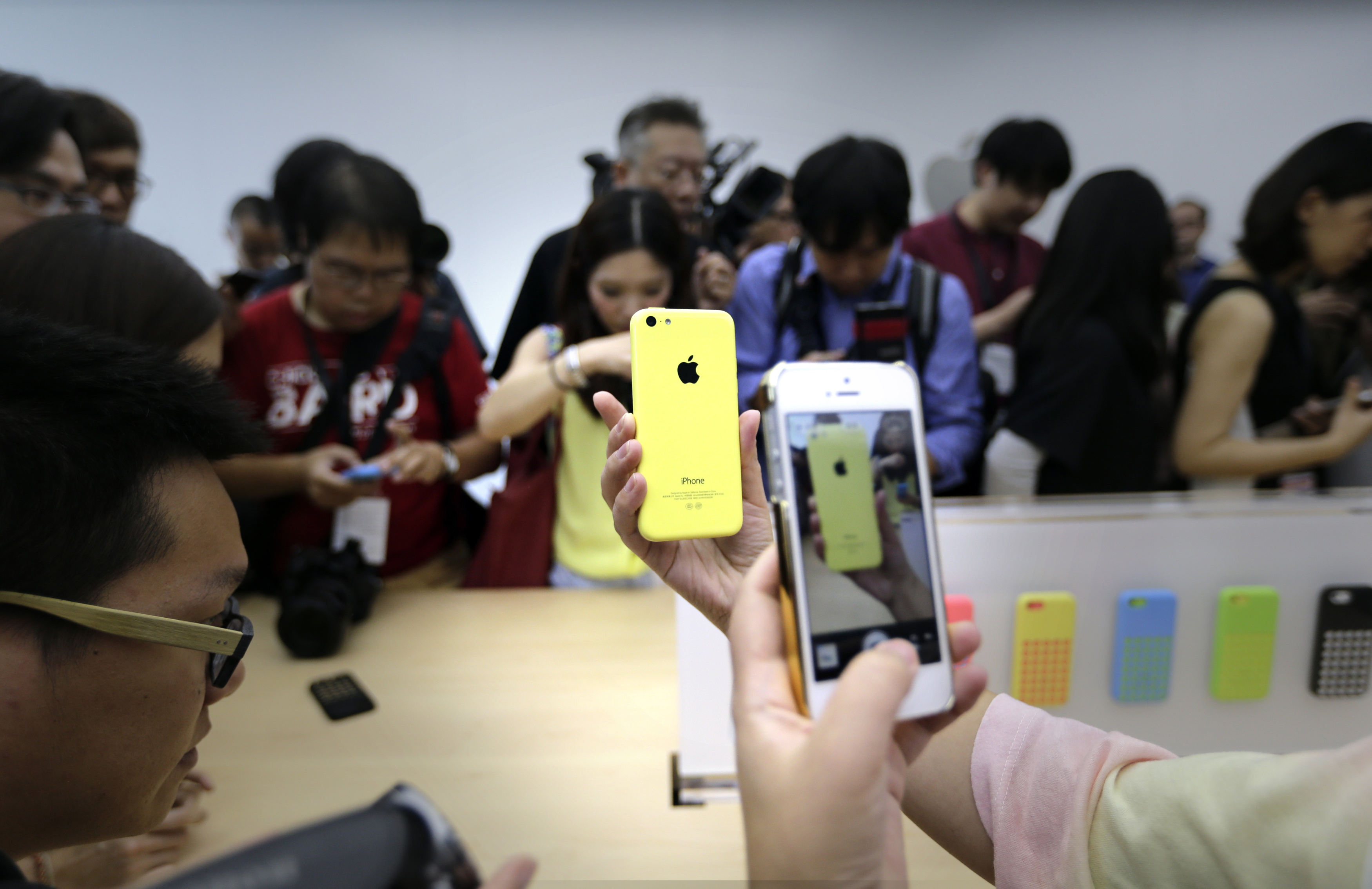apple strategy to enter china Yet what i love about apple's strategy is that it is never around what the competition is doing apple marches to beat of their own drum this is fundamentally mis-understood by so many.