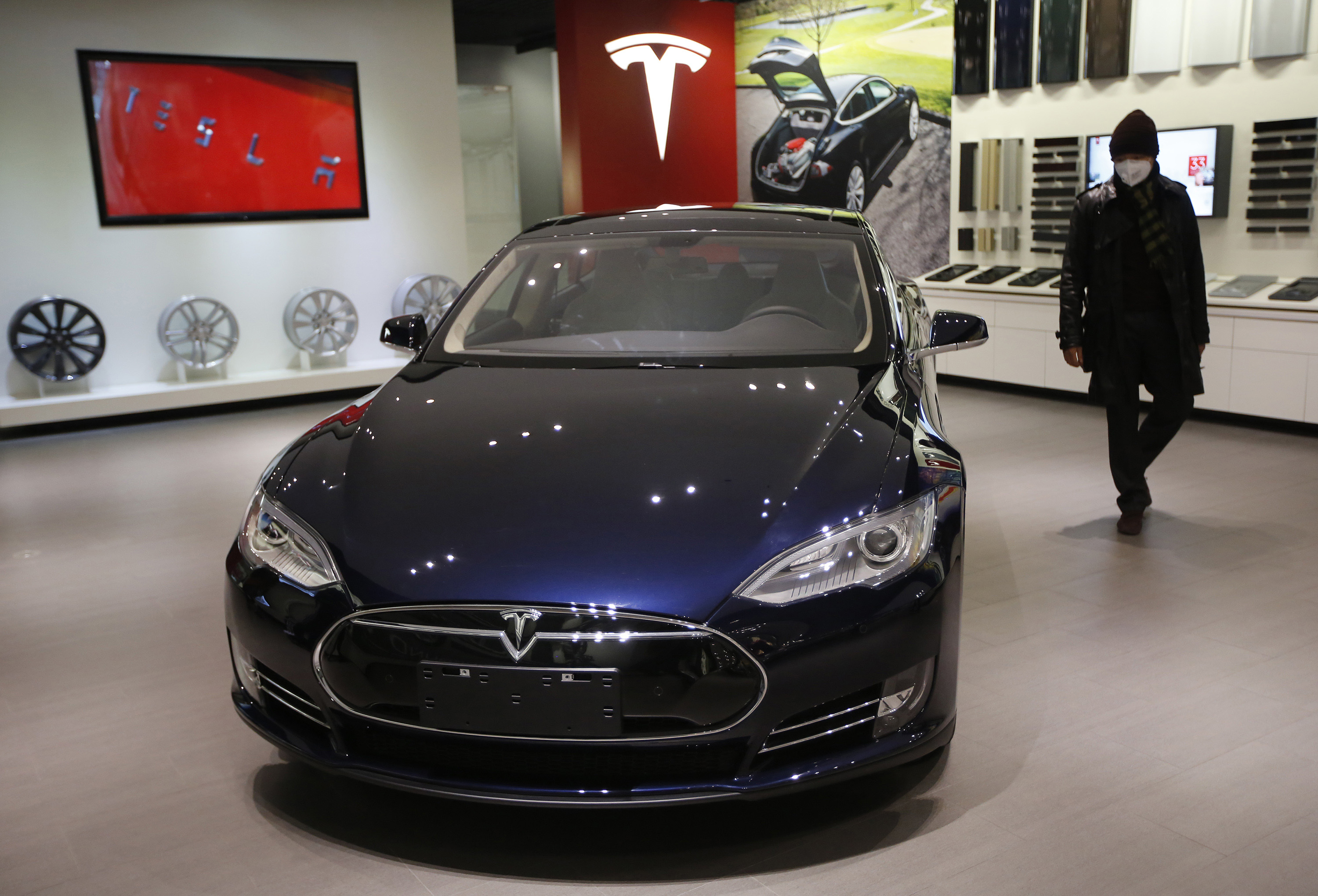 tesla motors releases all patents to encourage electric. Black Bedroom Furniture Sets. Home Design Ideas