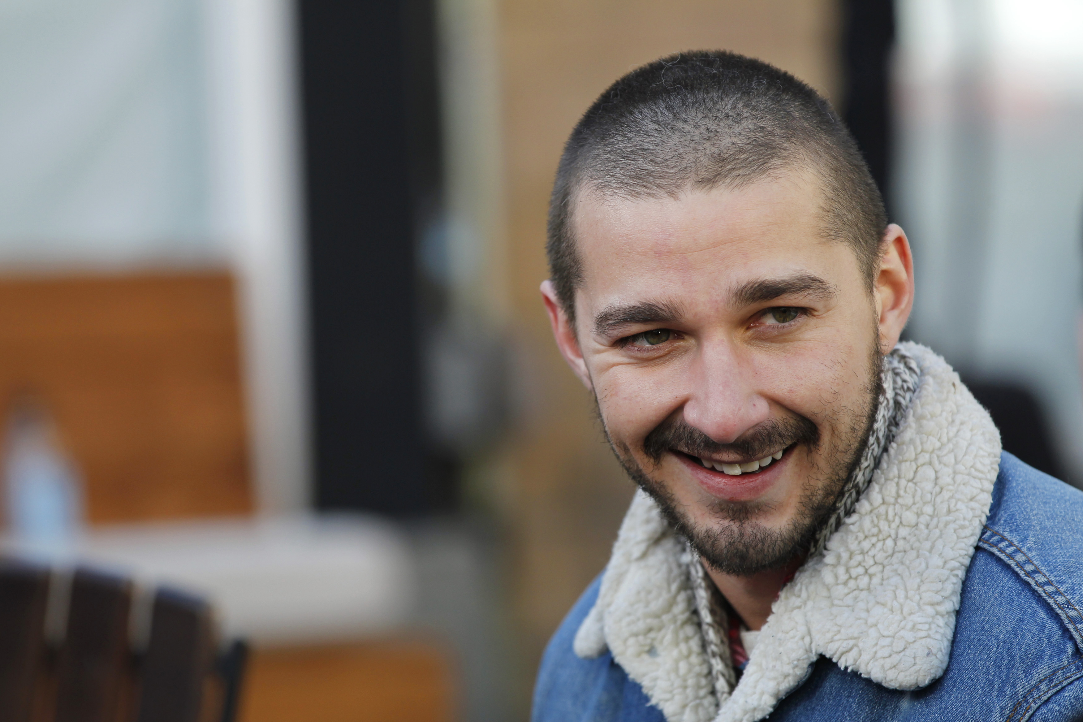 is shia labeouf dating Shia labeouf and his longtime girlfriend, mia goth, are engaged the pair, who have been dating on and off since they met on the set of.