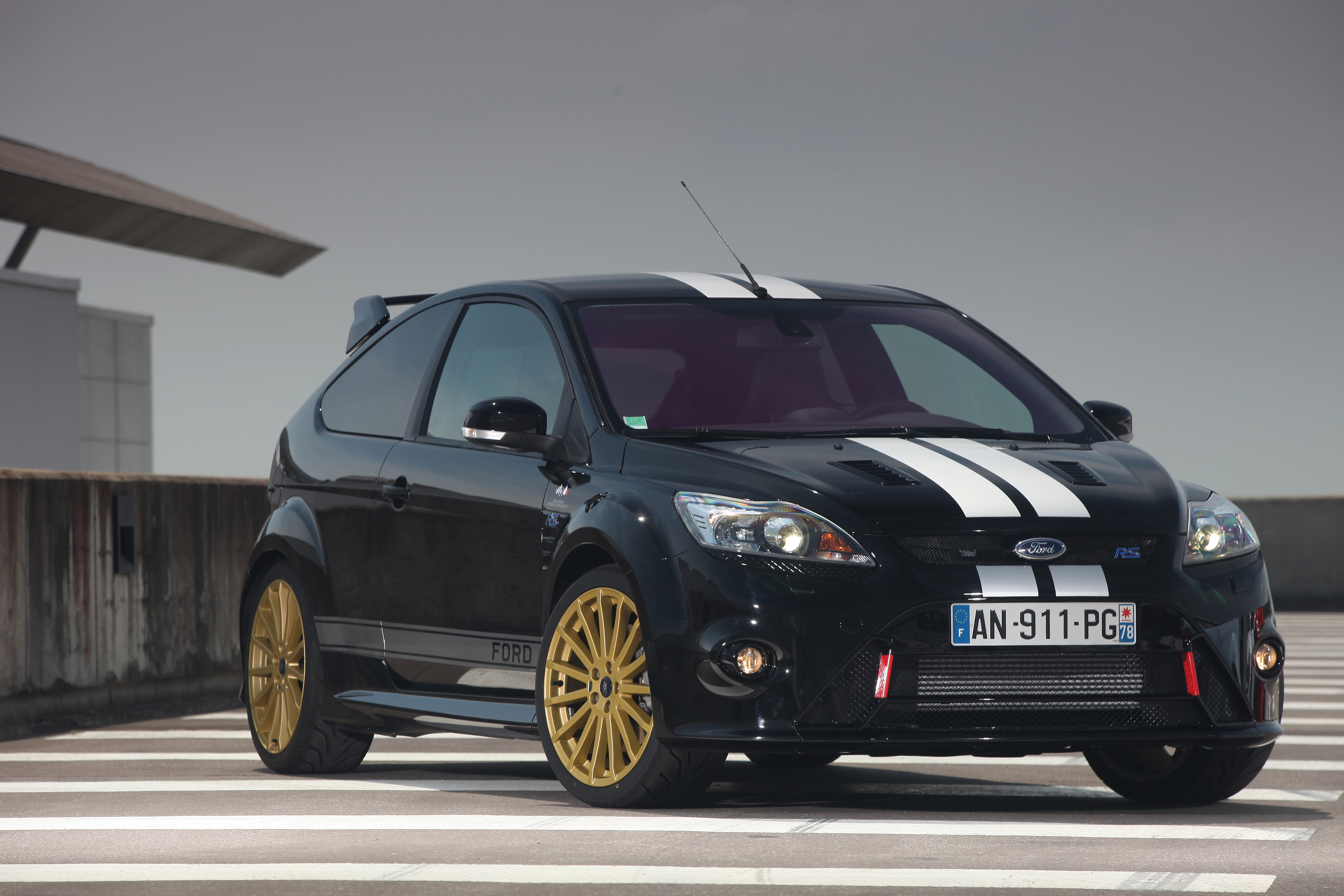 2016 ford focus rs rumor will ford make an awd focus super hatch and sell it in the us. Black Bedroom Furniture Sets. Home Design Ideas