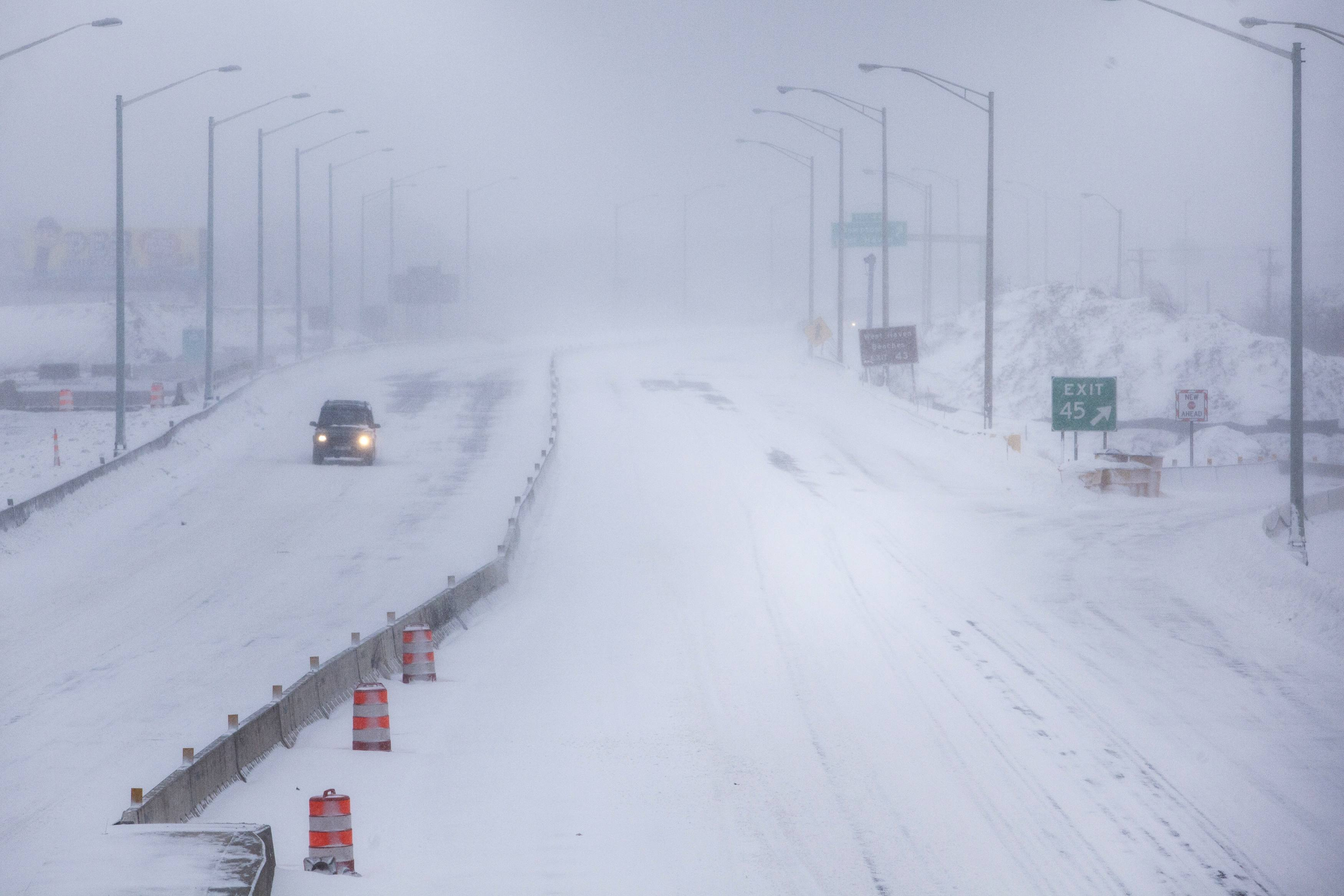 The Future of 'Epic Blizzards' in a Warming World