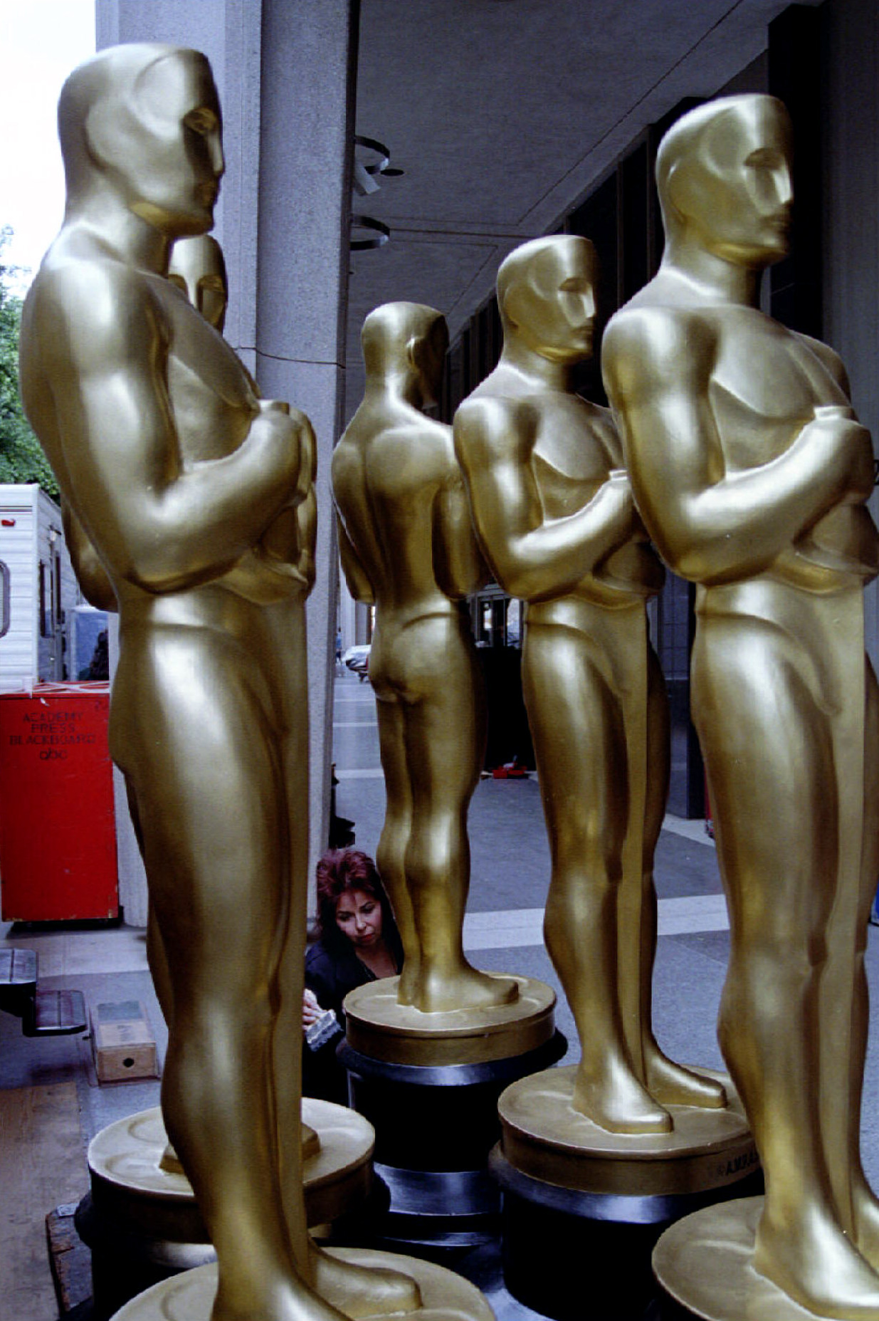 Oscars The Academy Awards In Numbers Trivia Gallery Oscar Statuette likewise Qtl25MFBqcA moreover Oscar Trivia Fun Facts 16 Things You May Not Know About Academy Awards 1819276 moreover Red Carpet Party further Oscars Night Prom 2015. on oscars trivia trophy