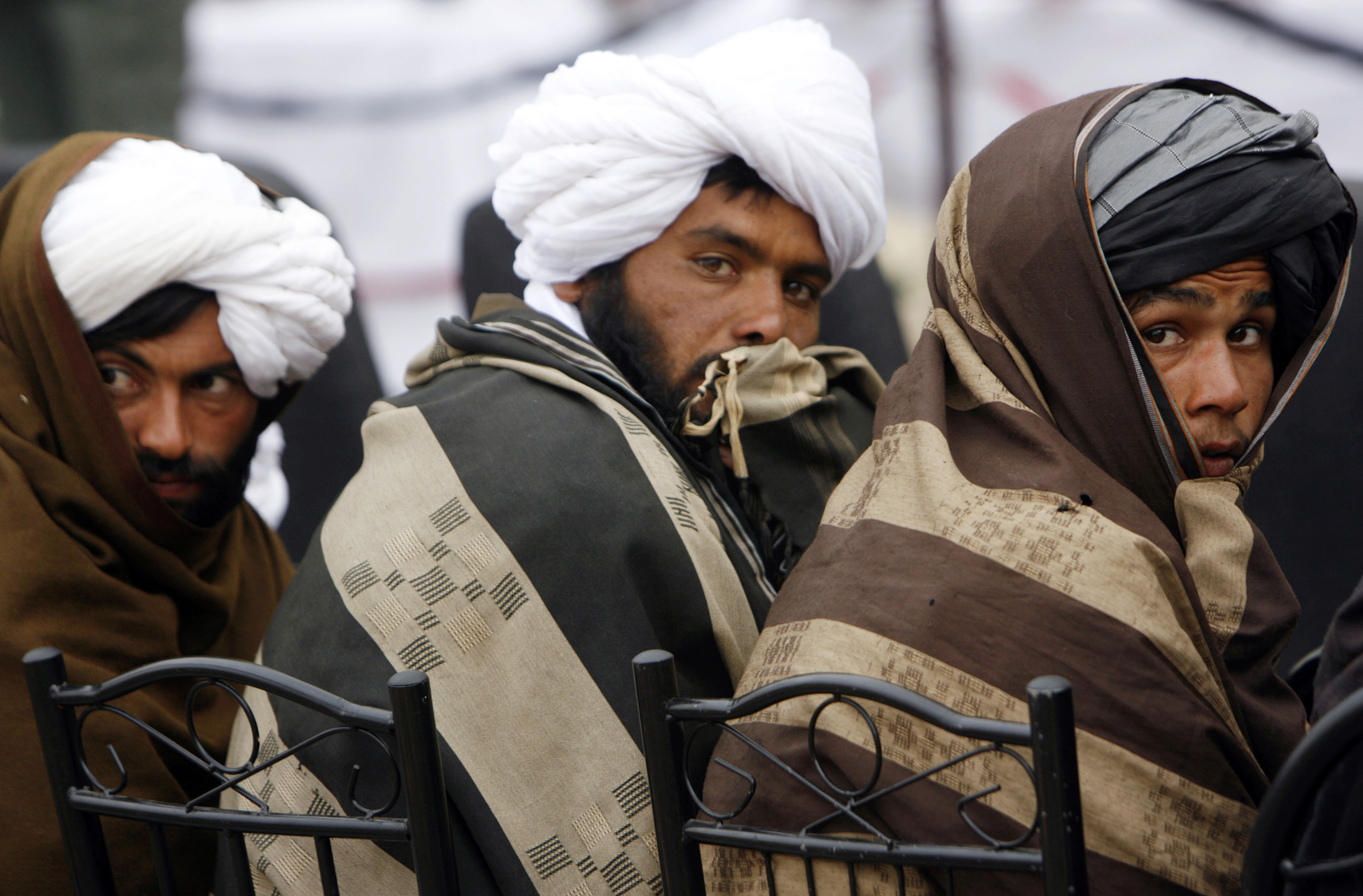 taliban peace talks Secretary of state mike pompeo made a surprise visit to afghanistan on monday, hoping to give new momentum to peace talks with the taliban.