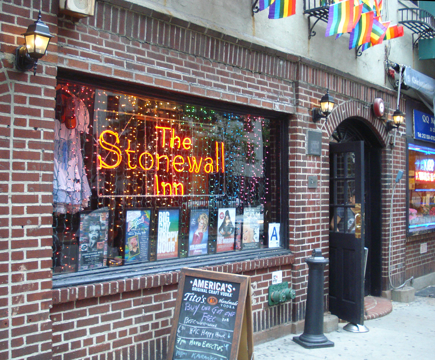 stonewall gay dating site Find and connect with other men in your area and from all over the world register for free and join the fastest growing gay dating site on the net.