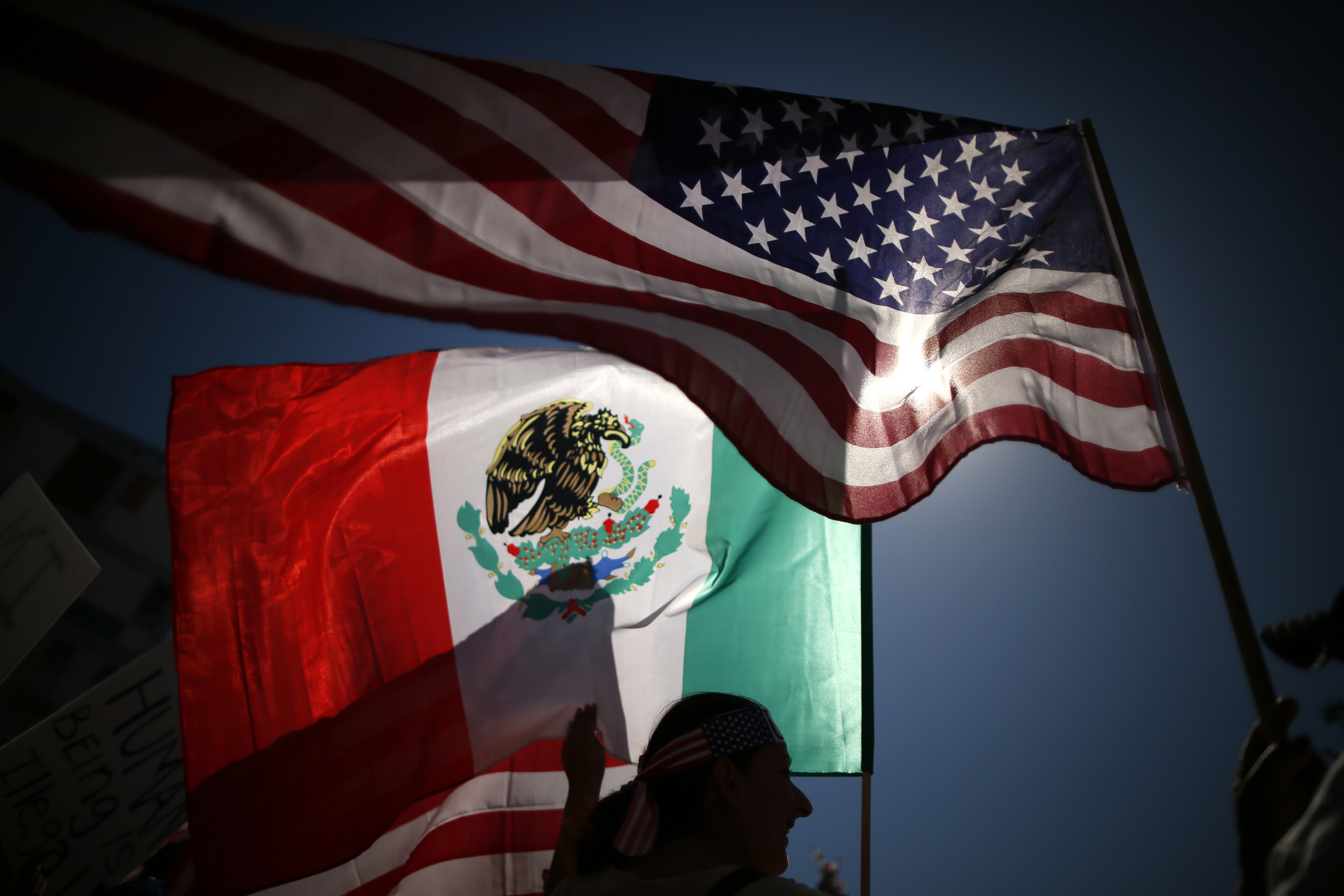 who is indira esparza undocumented immigrant waved mexican flag