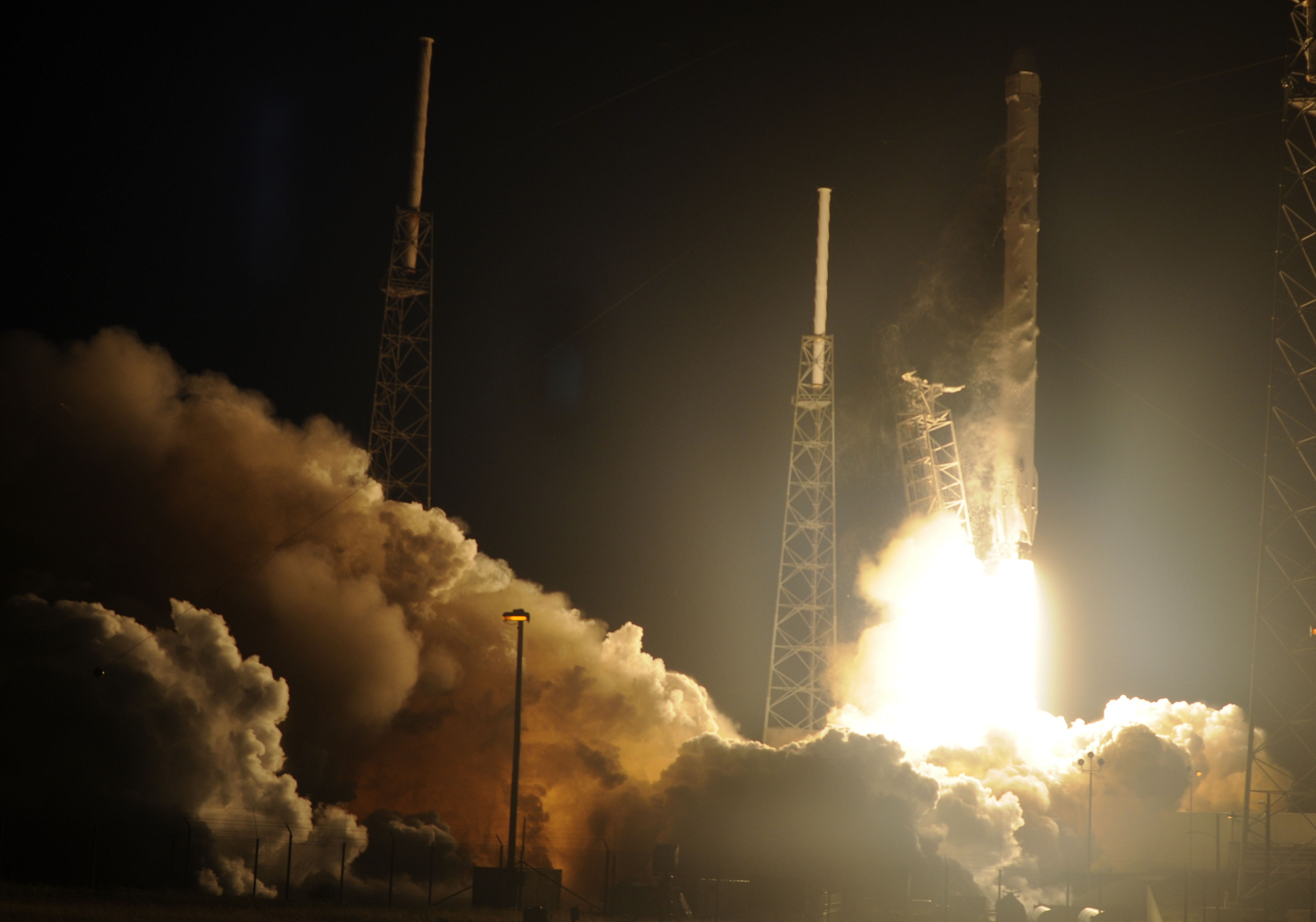 spacex falcon 9 rocket launch failure video of rocket breaking into pieces after anomaly ascent