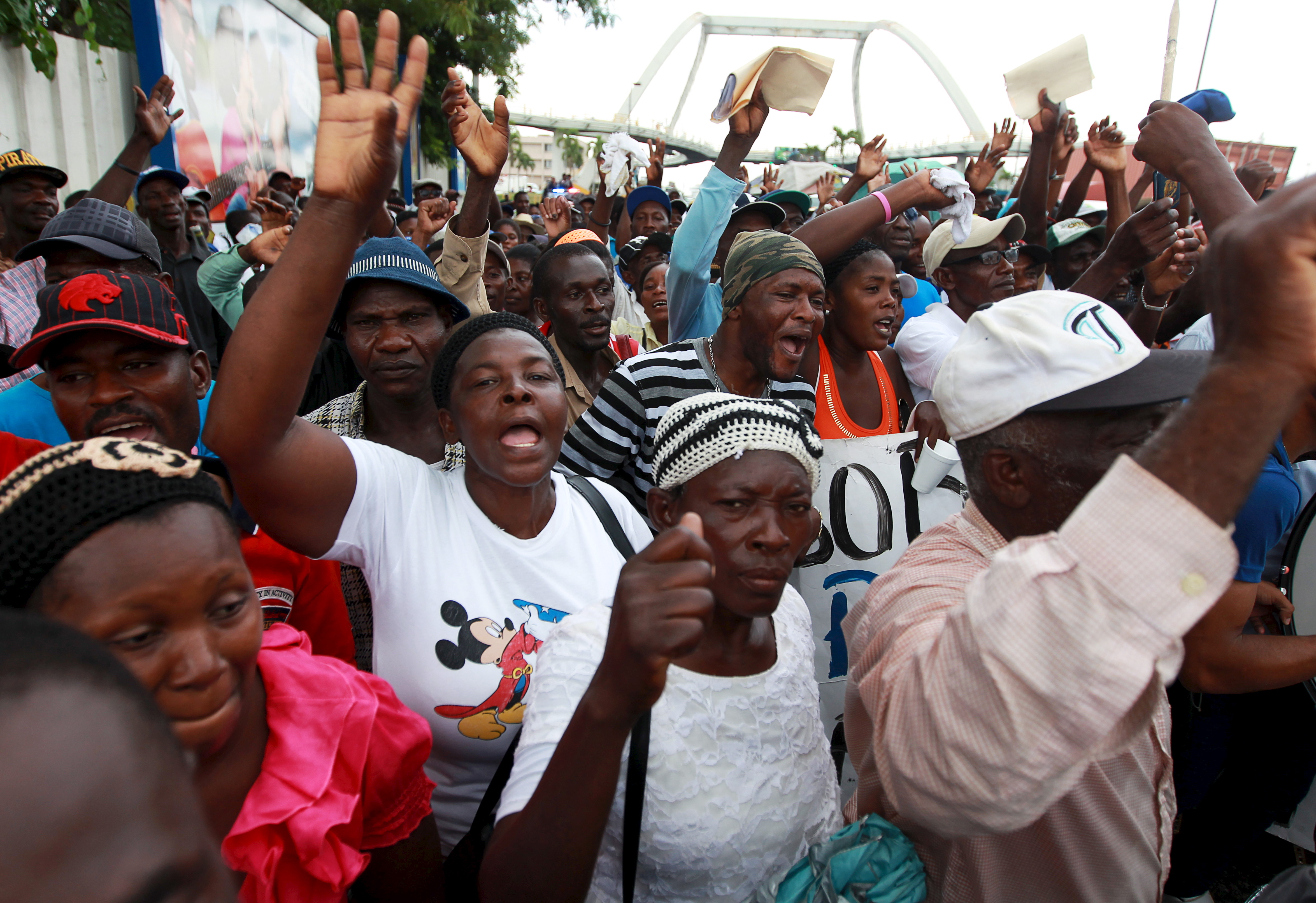 haitian immigration to the dominican republic If you're looking for information on the dominican republic's citizenship crisis, click here  and getting up-to-date information about haitian immigration.