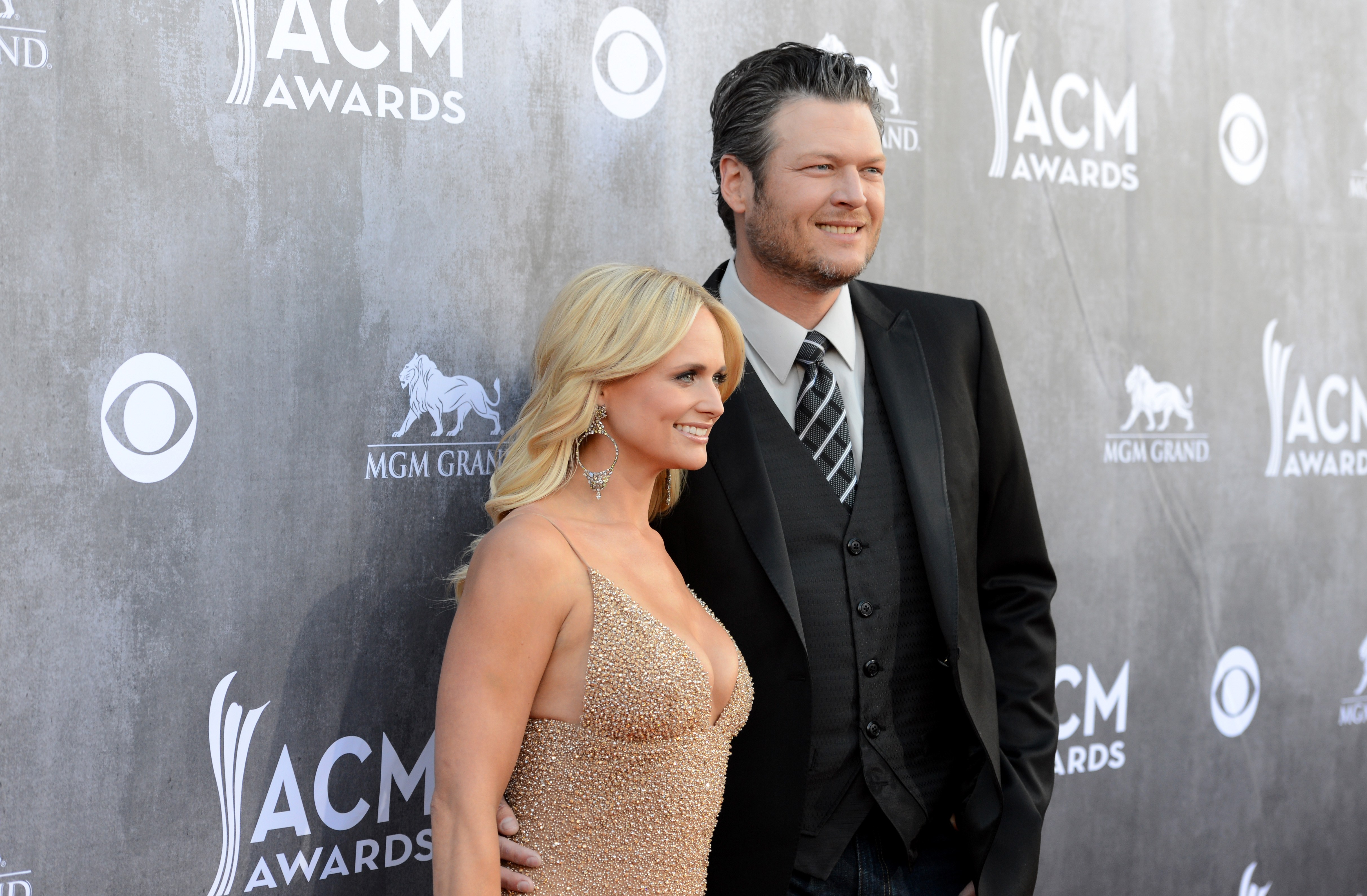 ashley monroe and blake shelton dating rumors