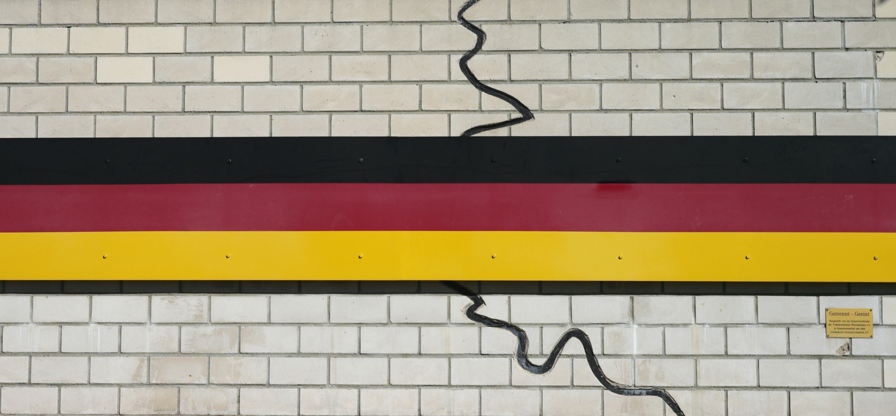 a history of east and west germany in the years of their separation On november 9th, 1989, the wall that divided east and west berlin came down   read also: walls in their minds: east-west split remains.