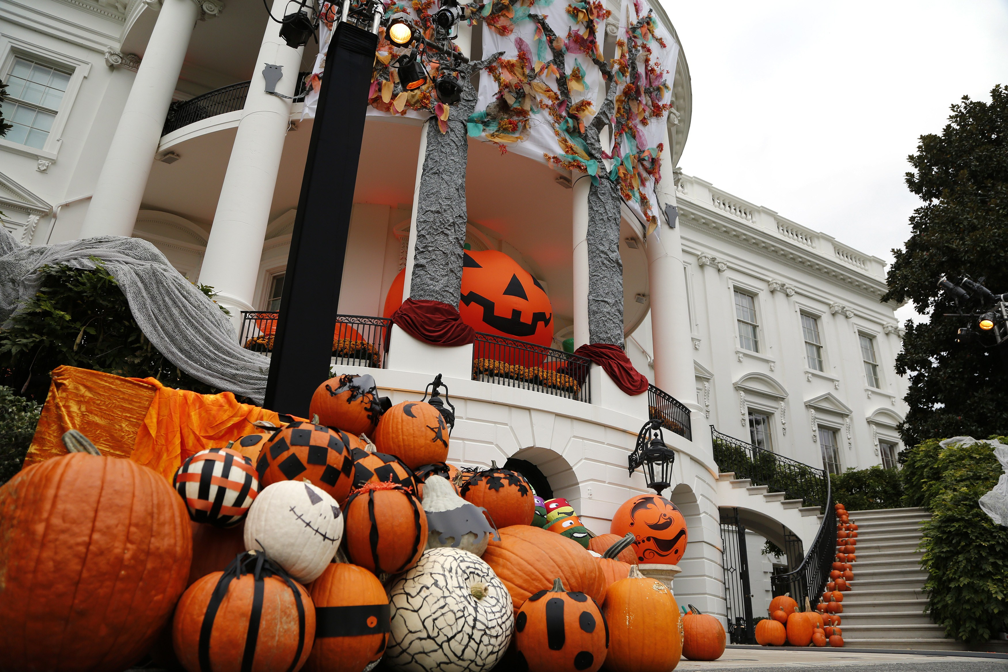 halloween diy decorations 2015: cheap, do-it-yourself ideas