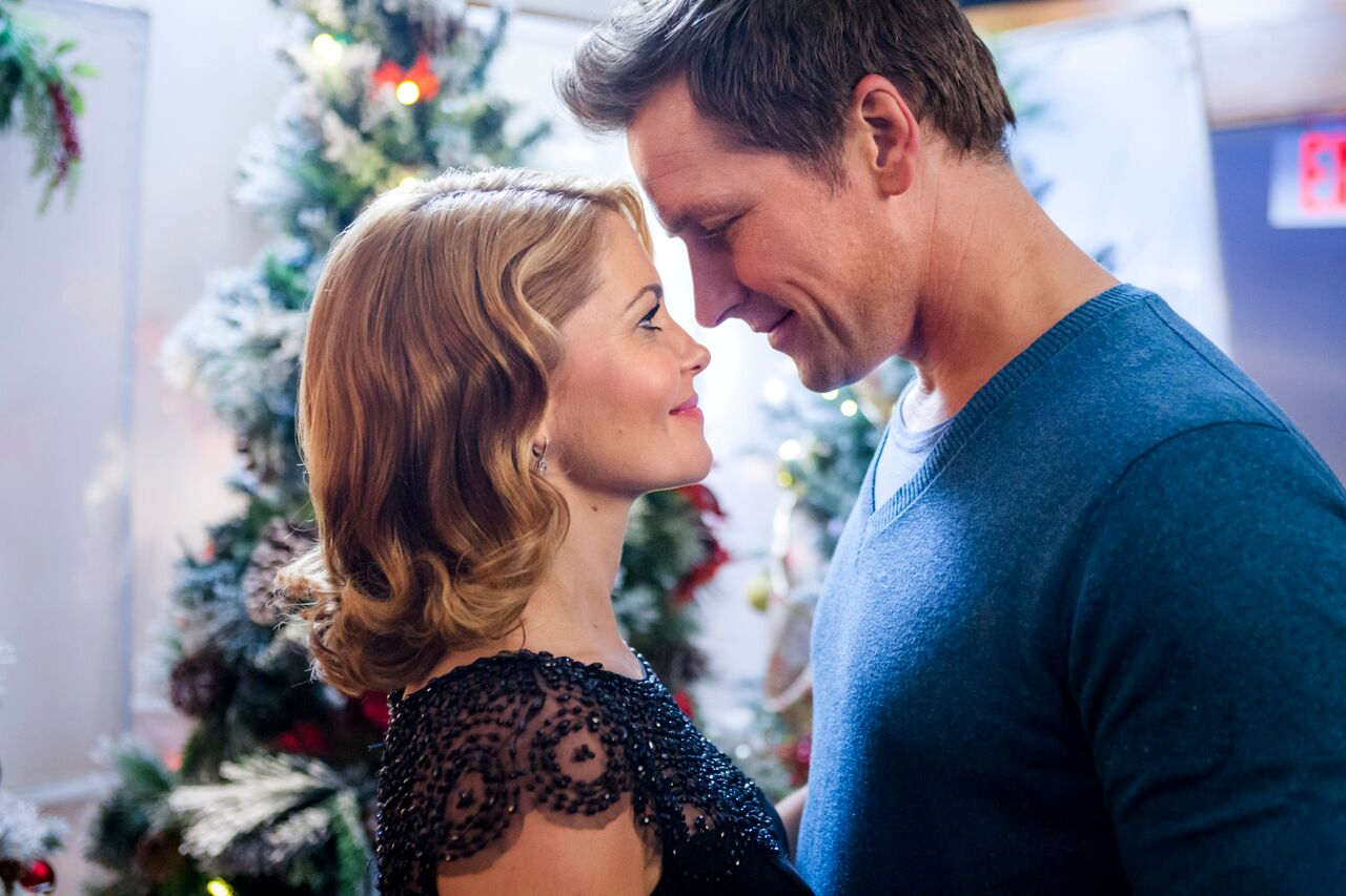 Hallmark Channel Christmas Movies 2015: November 'Countdown To ...