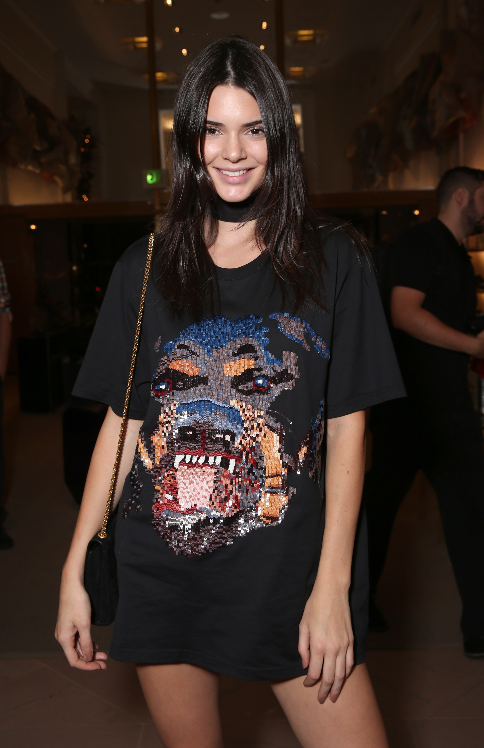 Kendall jenner spotted cruising around beverly hills in 100 000