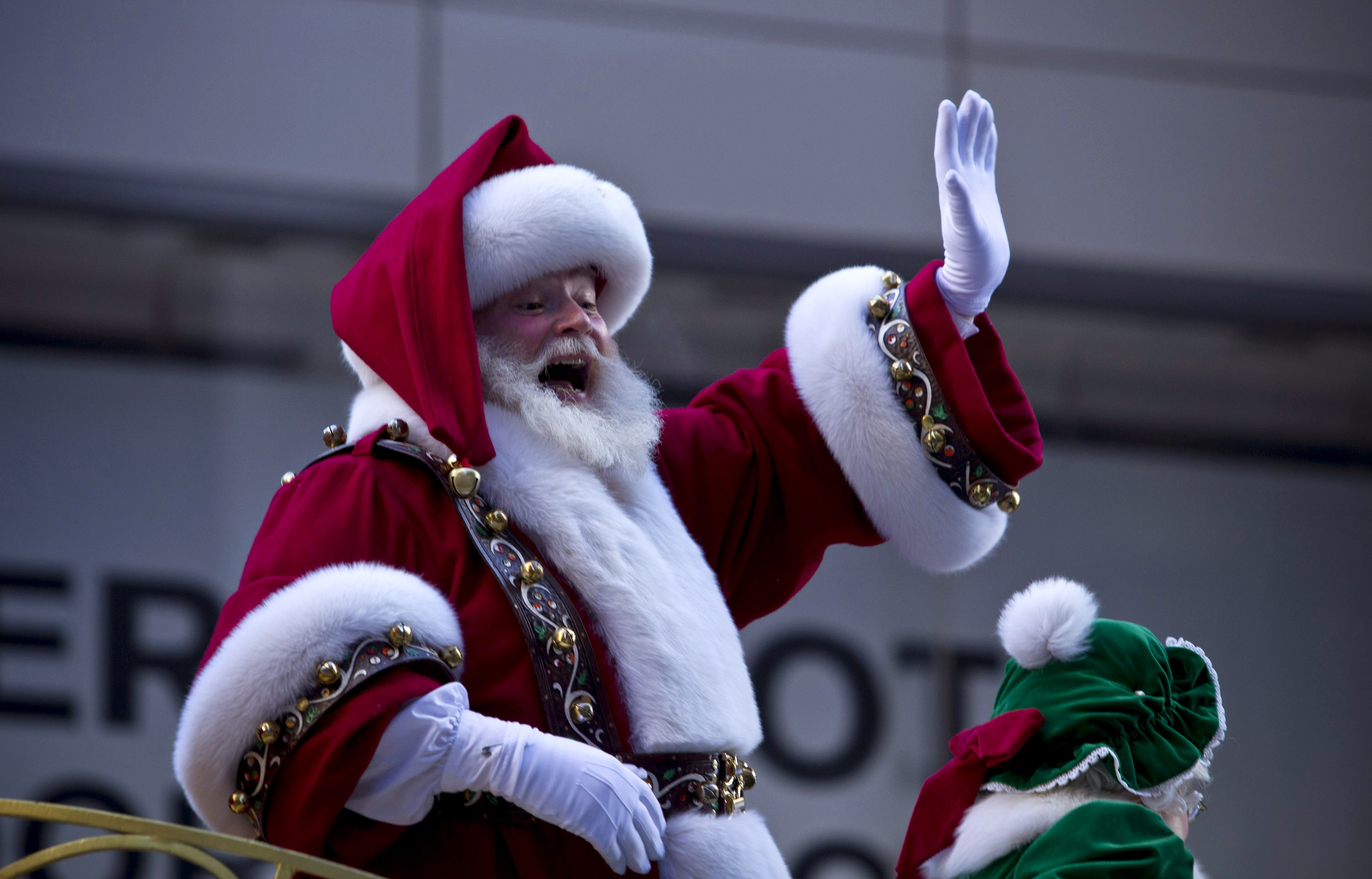 santa claus is comin u0027 to town u0027 4 fun facts about the classic