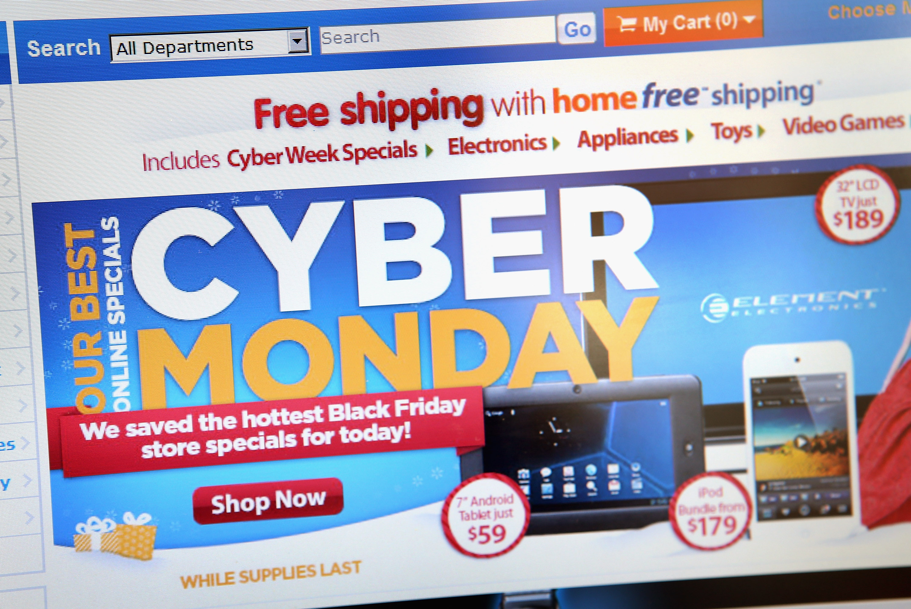black friday vs cyber monday will rise in online shopping allow cyber monday to surpass black. Black Bedroom Furniture Sets. Home Design Ideas