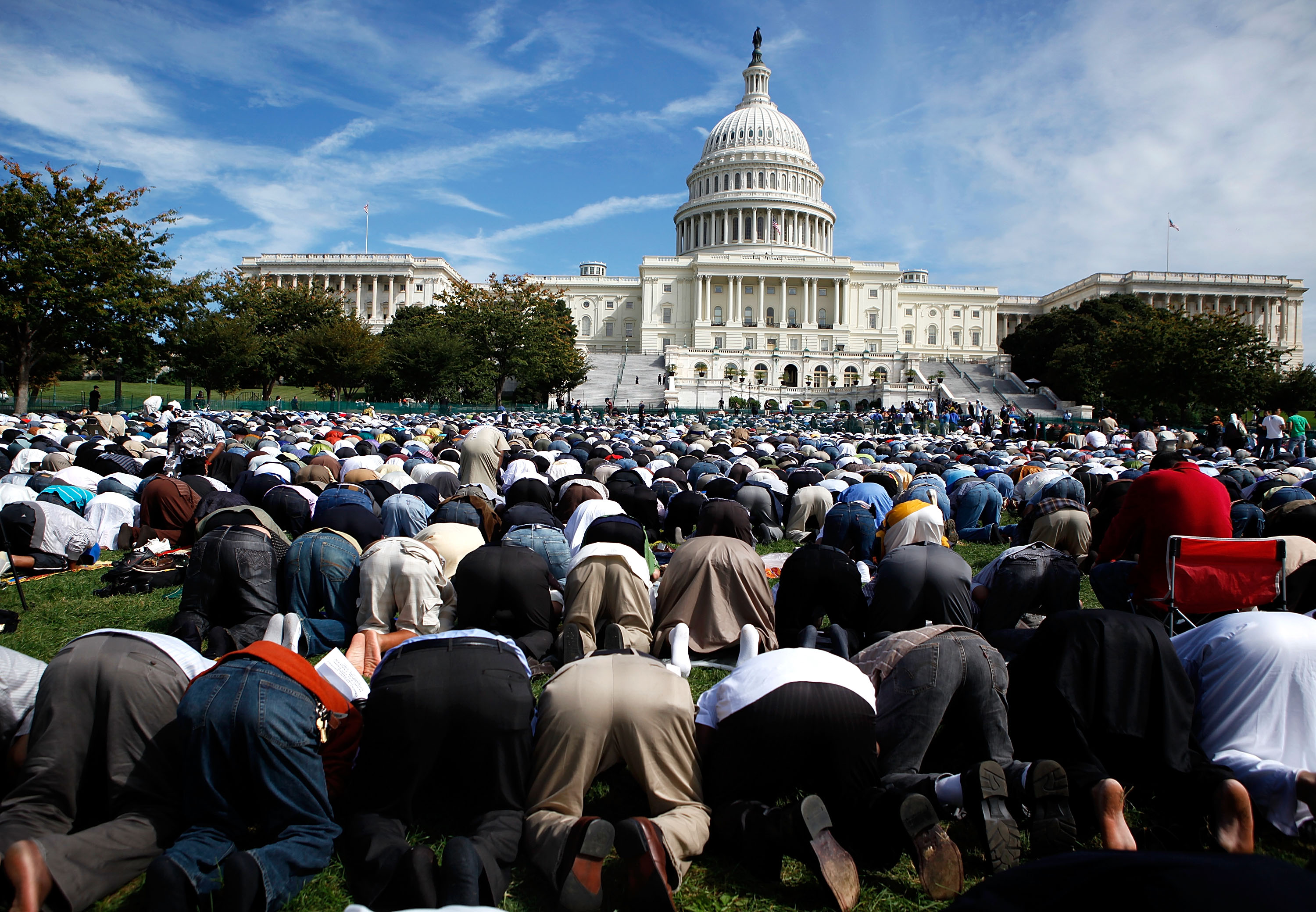 Shia Islam In The Americas: Muslims Want To Influence US Elections, But Without Big