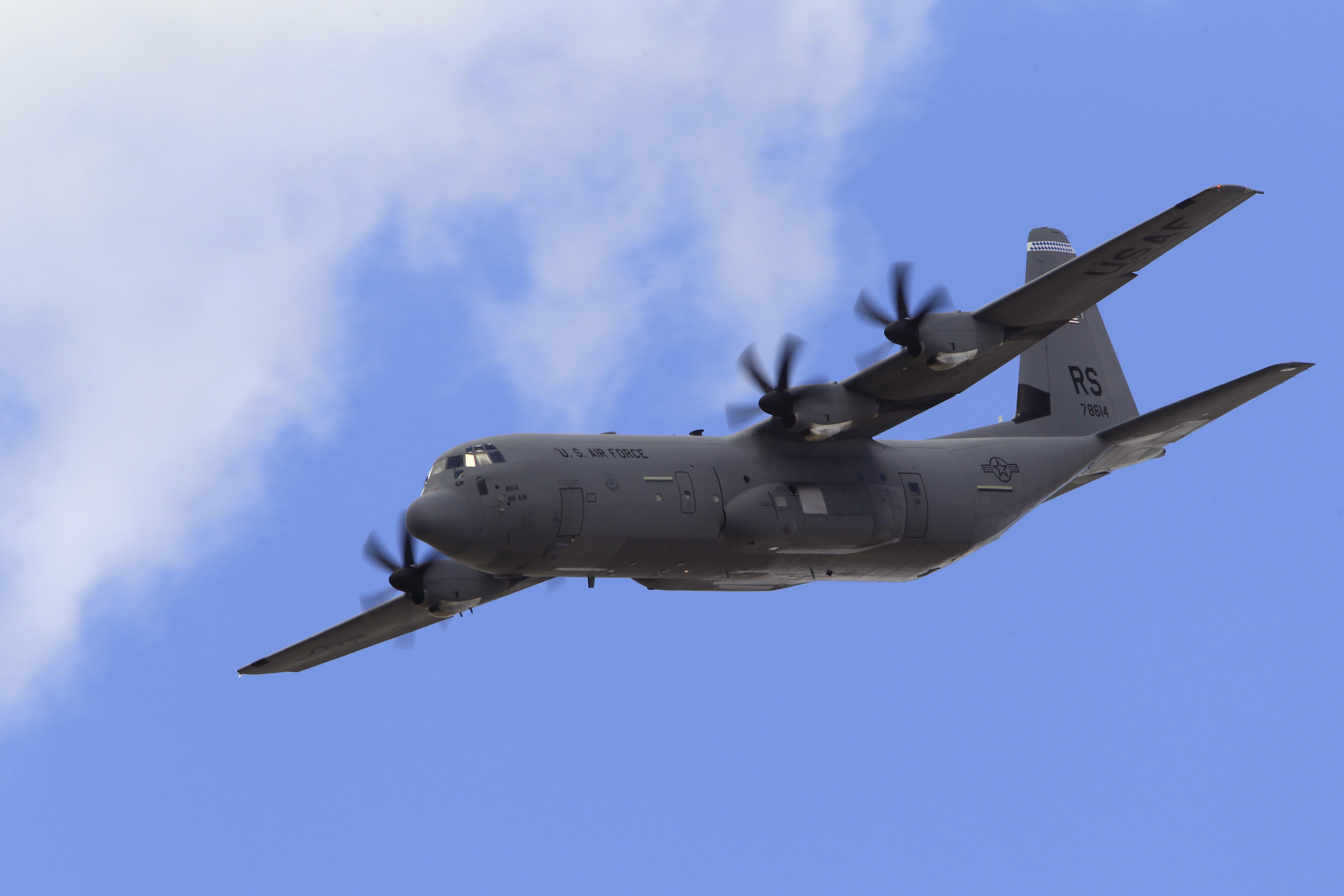 Elicottero C130 : Lockheed martin to build super hercules aircraft for us