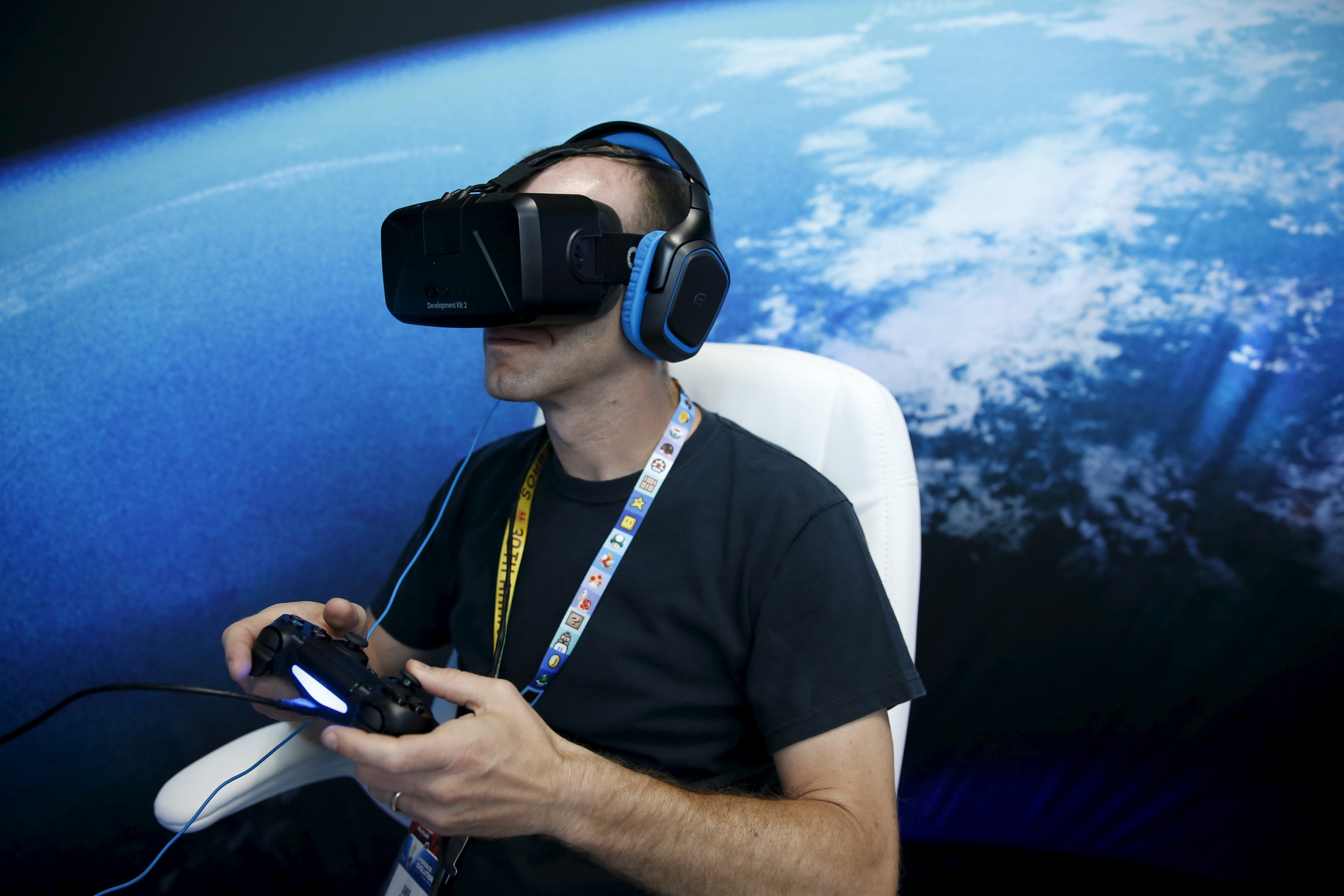 how to become a virtual reality developer