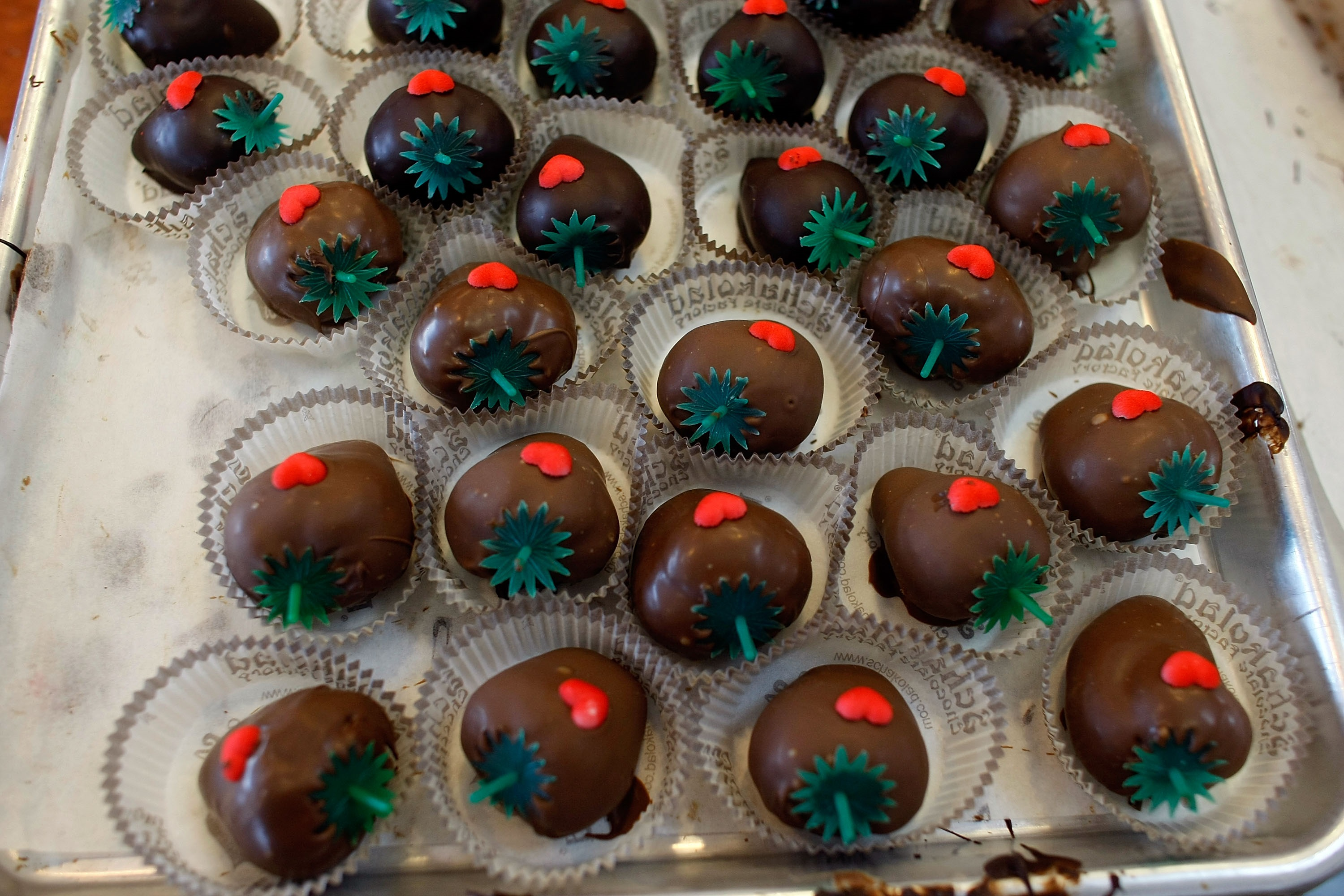 Valentine's Day 2016: How To Make Dipping Chocolate For ...