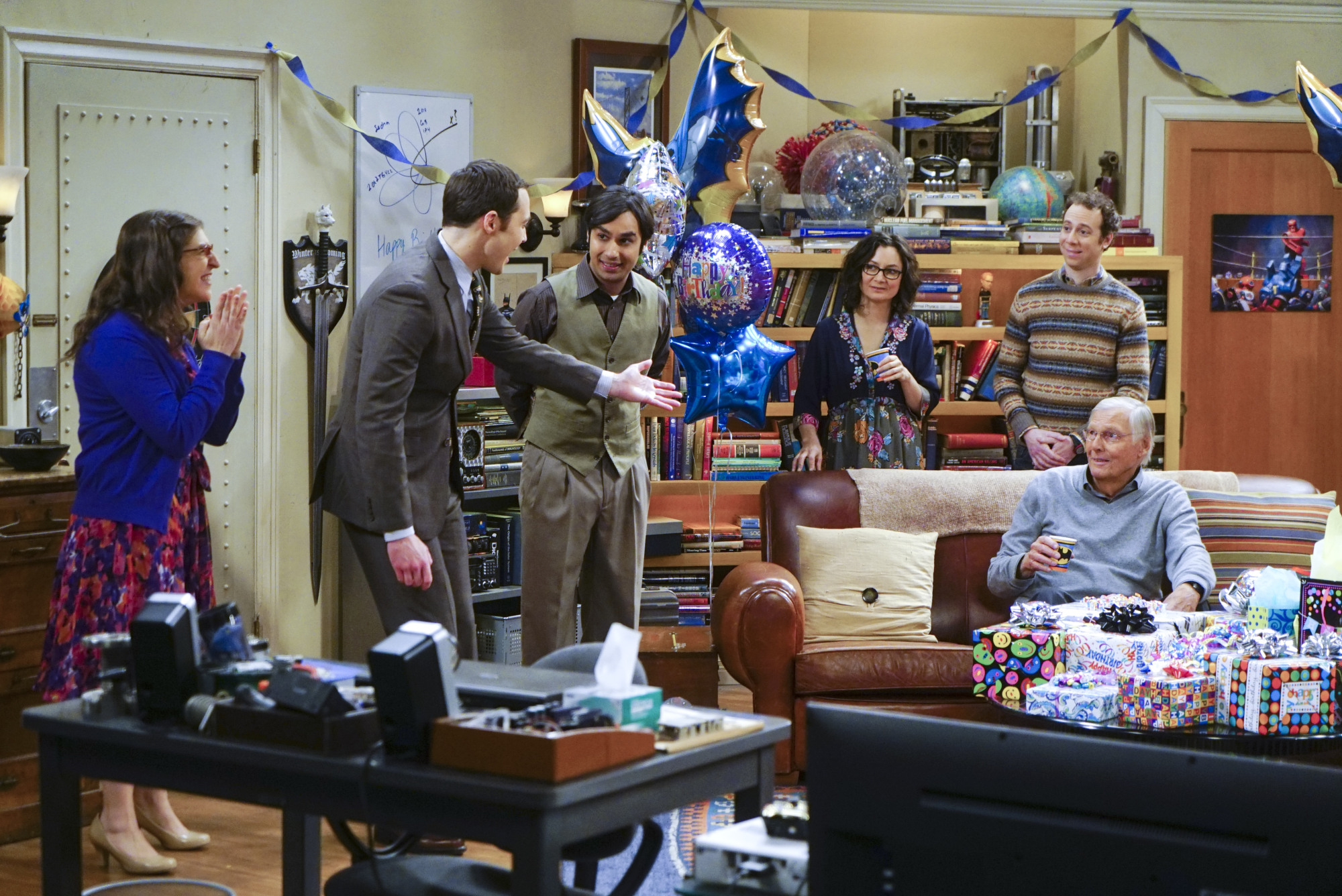 Big bang theory season 9 episode 6 summary : Sony rx100 m4 release date