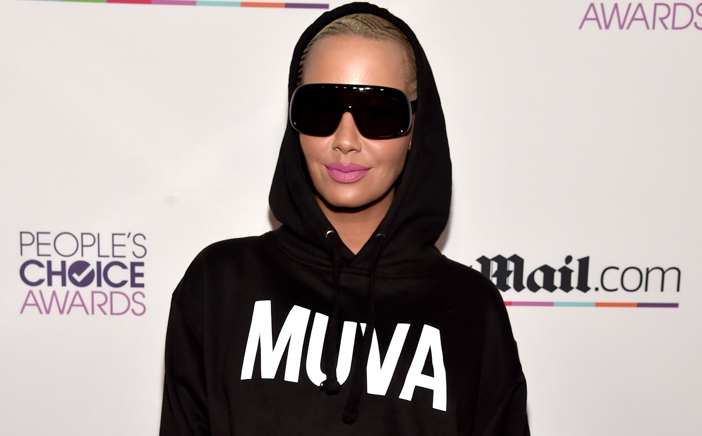 amber rose dating raptors Amber rose has khloe four months after he started dating khloe kardashian the drake watches quietly as cleveland thumps the raptors for.