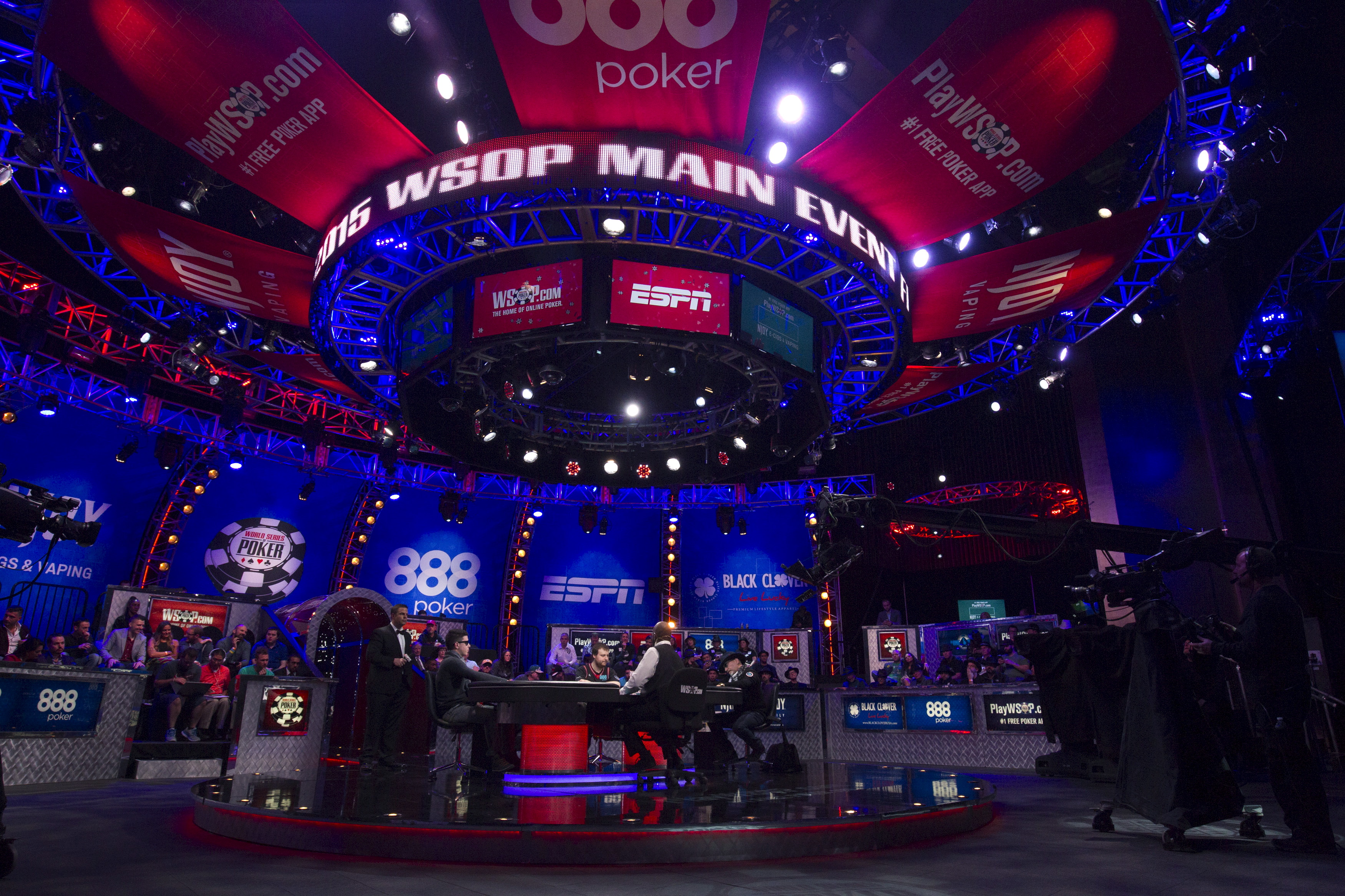 world series of poker main event schedule