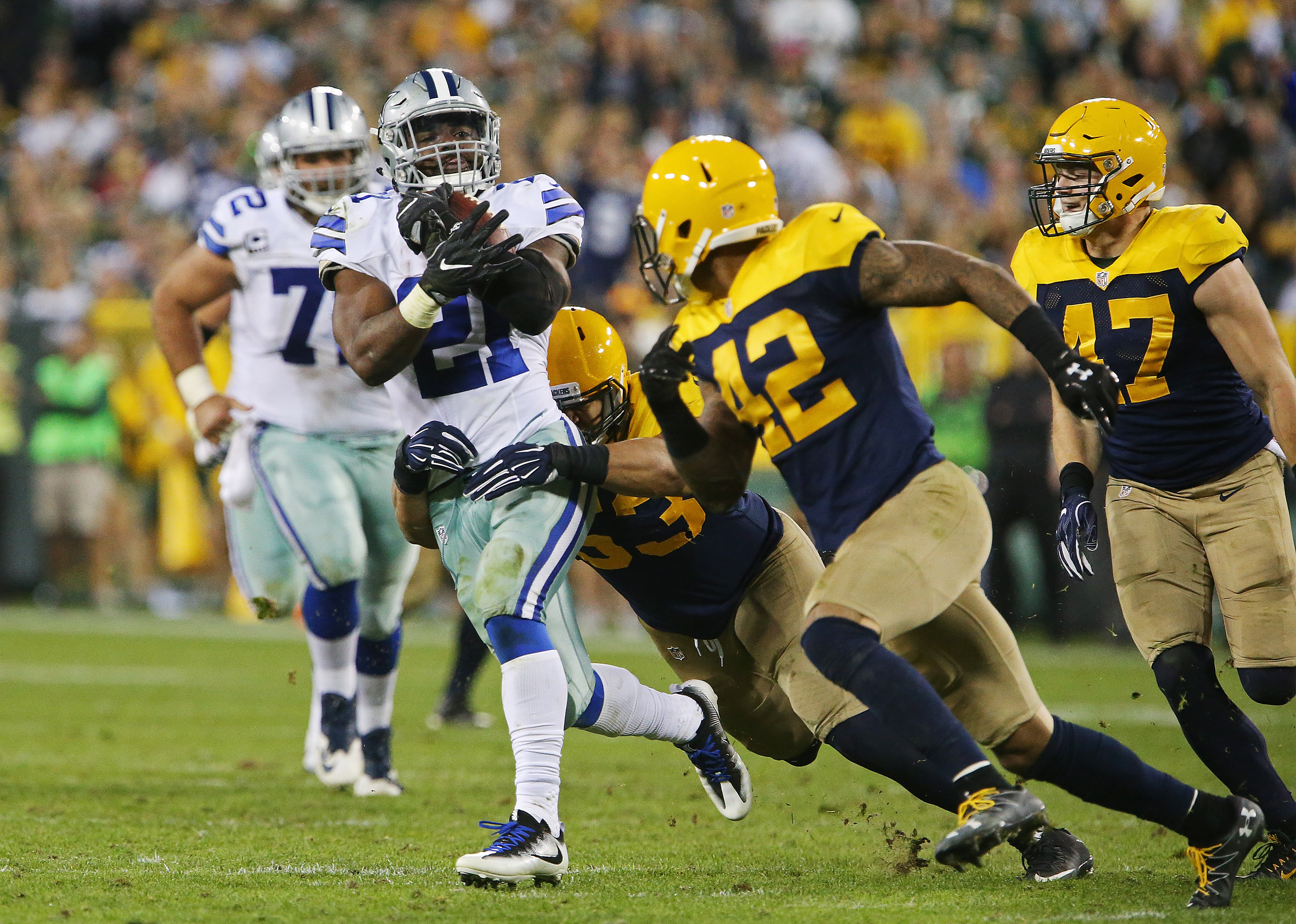 NFL Expert Predictions 2017: Picks For Cowboys vs. Packers ...