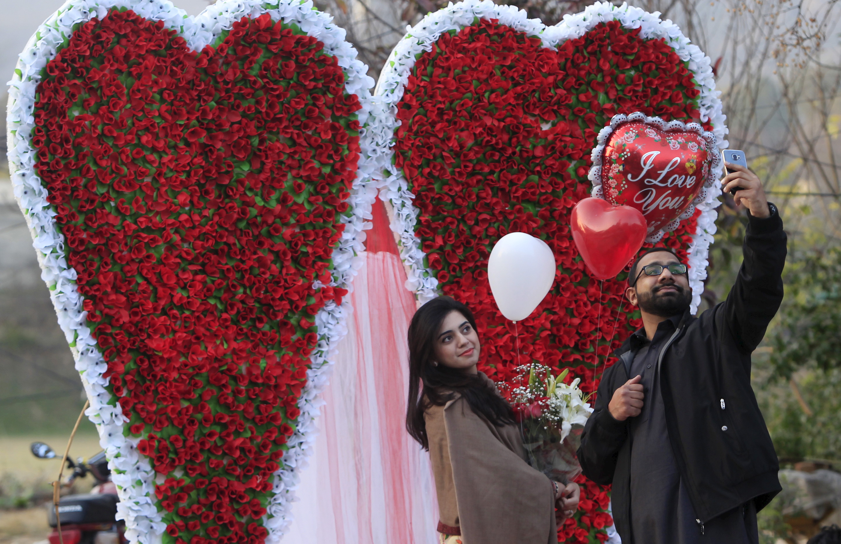 Where Is Valentine's Day Celebrated? With Pakistan, Map Of Countries Banning Romantic Holiday Of ...