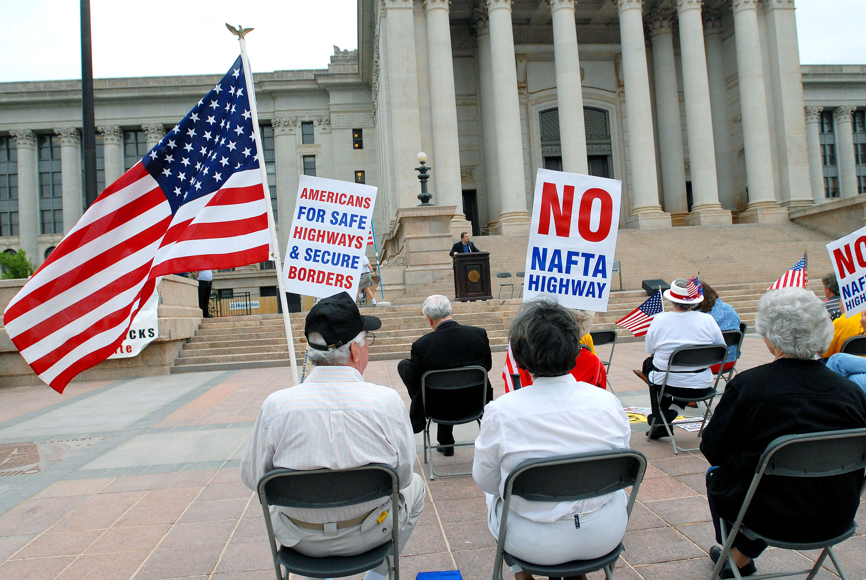 nafta good or bad for the Outside of particular industries, where the effect is still not entirely clear-cut, nafta had little obvious impact – good or bad – on north american economies.
