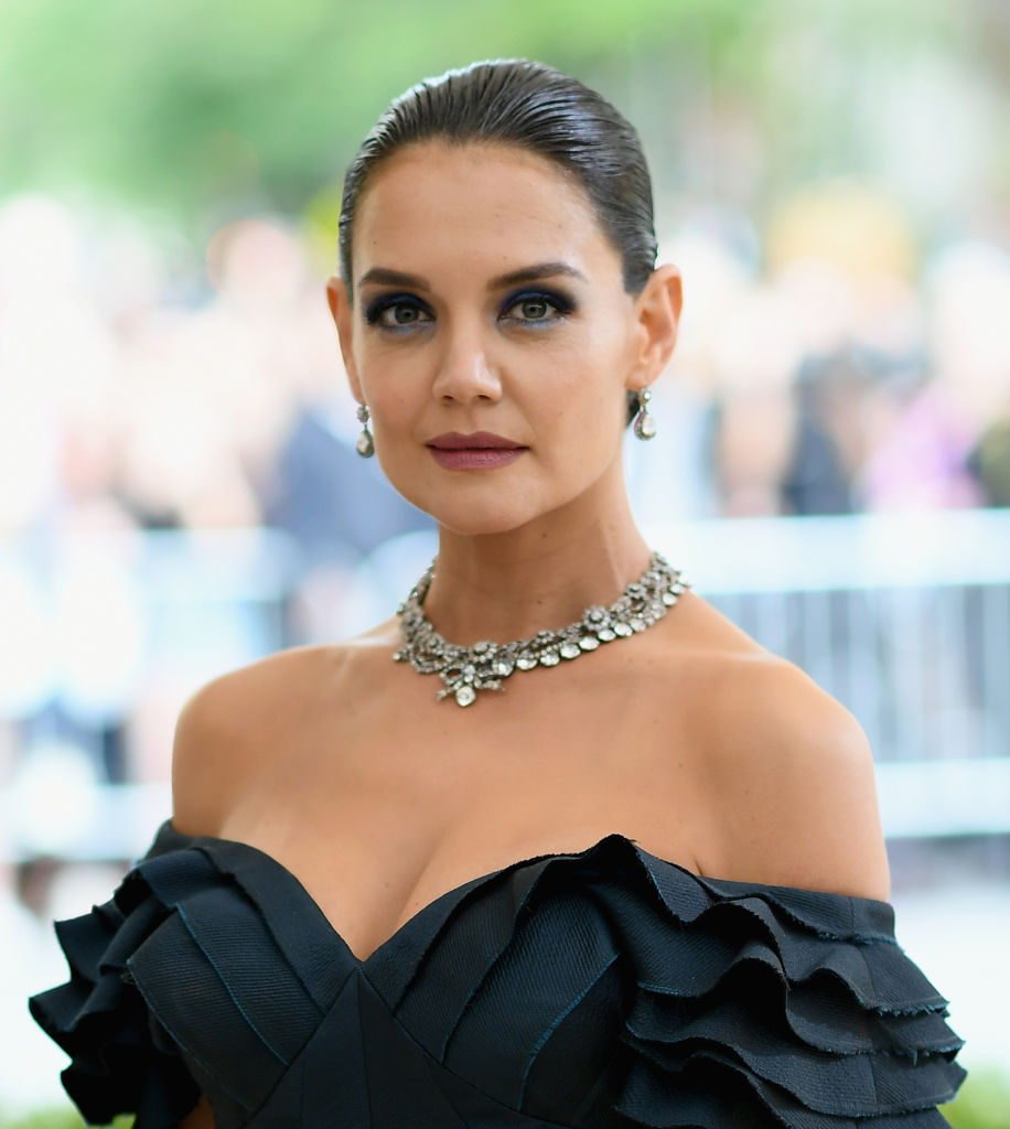 Is katie holmes dating