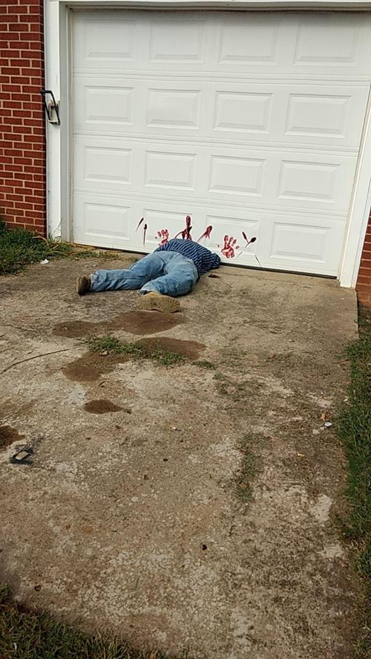Decapitated Man Halloween Display Terrifies Tennessee Town