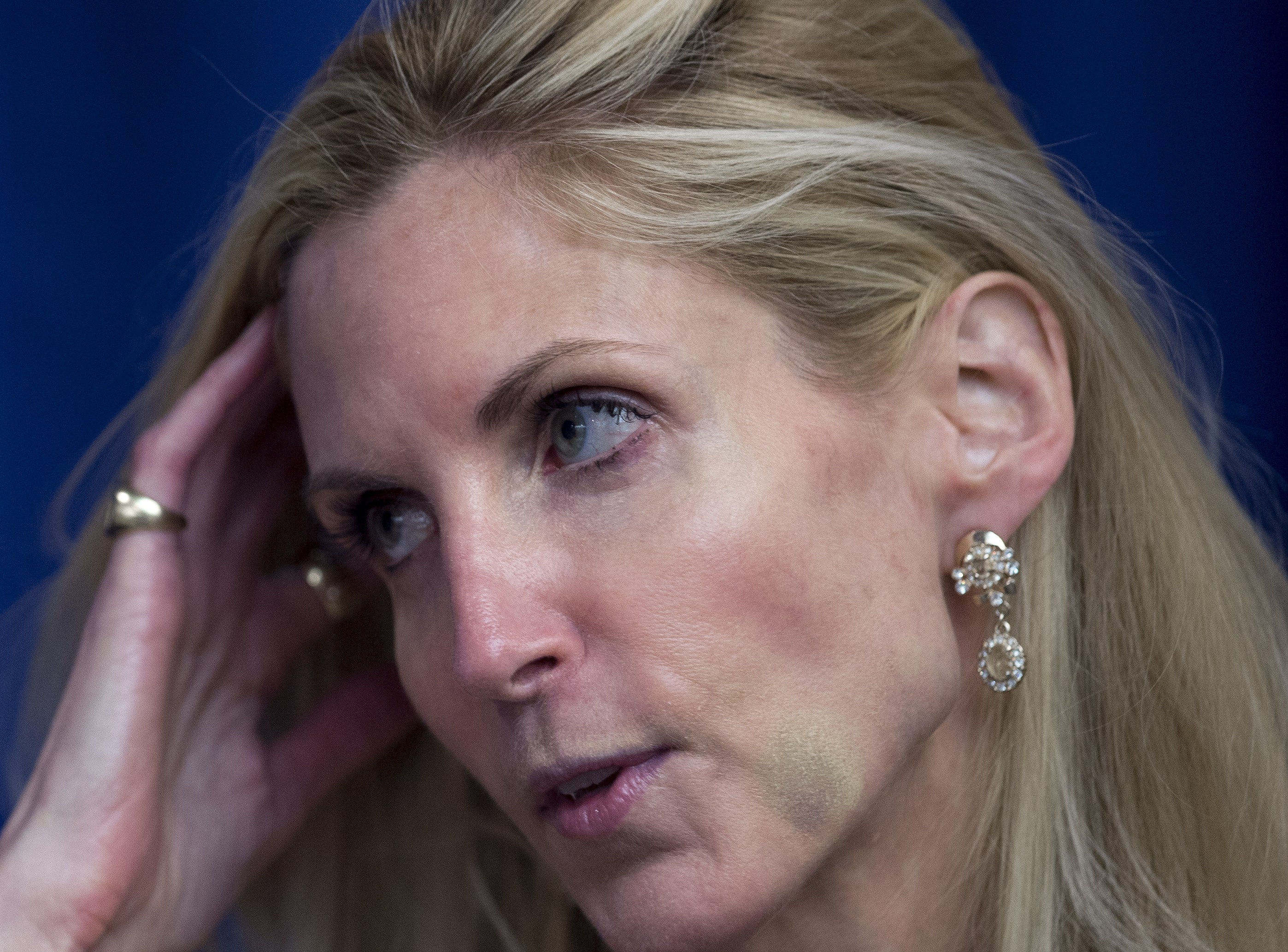 coulter singles Right wing news john hawkins  at long last, i've finally gotten around to reading ann coulter's latest tome, guilty: liberal victims and their assault on america.