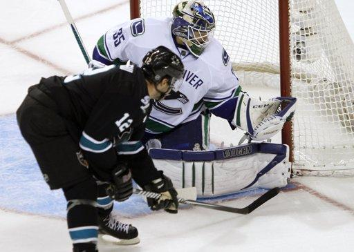 San Jose Sharks Spend Offseason Growing a Pair, Defeat Vancouver Canucks 4-1