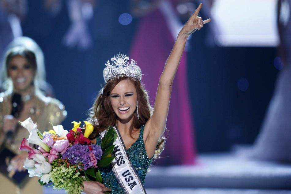 Miss California Alyssa Campanella celebrates after being crowned Miss USA 2011 during the Miss USA pageant in the Theatre for the Performing Arts at Planet Hollywood Hotel and Casino in Las Vegas, Nevada, June 19, 2011.