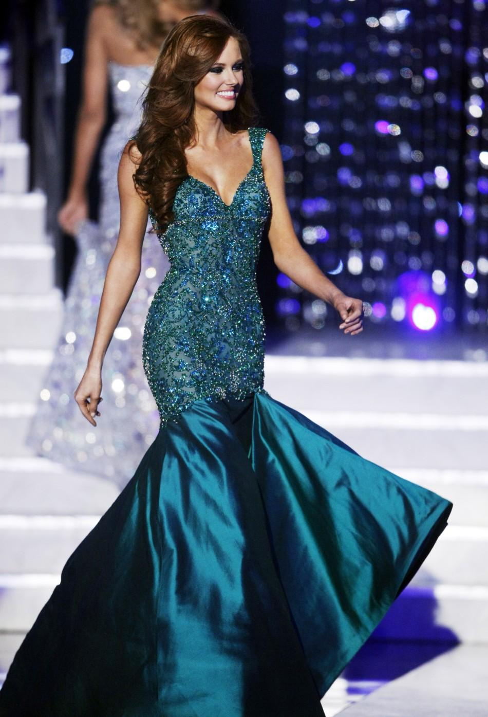 Miss California Alyssa Campanella competes in her evening gown during the 2011 Miss USA pageant in Las Vegas 20/06/2011 System ID: RTR2NV80 Image ID: GM1E76K178201 Photographer: REUTERS/Steve Marcus Miss California Alyssa Campanella competes in her