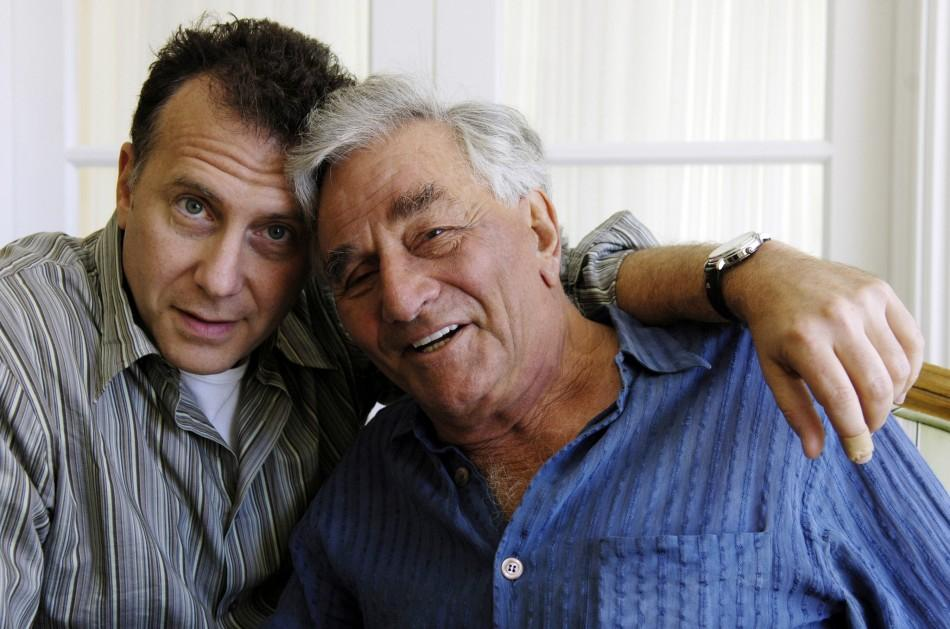 "Paul Reiser (L) and Peter Falk, the co-stars of the new film ""The Thing About My Folks"", pose together for a portrait at the Four Seasons Hotel in Beverly Hills, California, September 7, 2005."