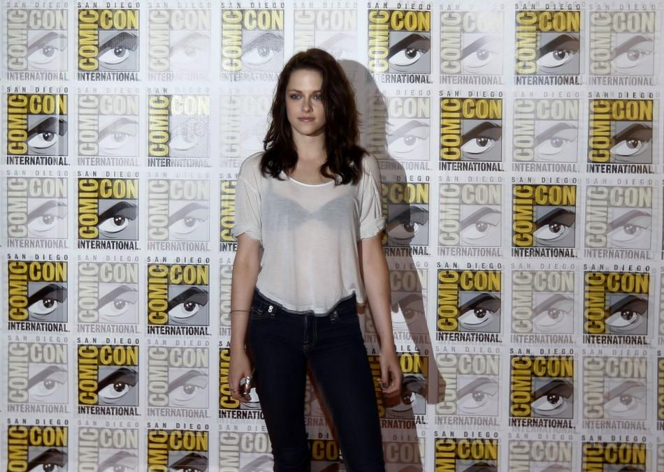 """Kristen Stewart poses to promote """"Breaking Dawn"""" from the Twilight Saga at Comic Con in San Diego"""