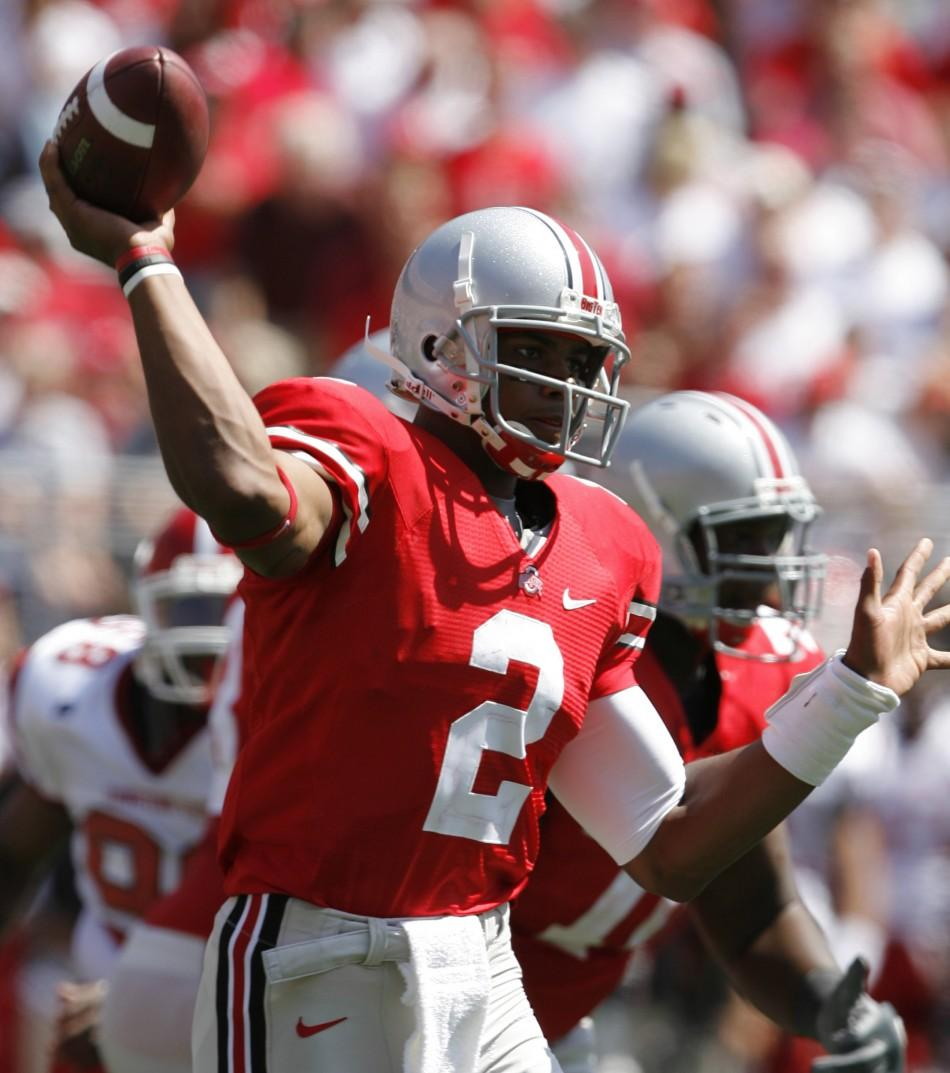 Ohio State quarterback Terrelle Pryor passes the ball to a receiver against Youngstown State during the fourth quarter of their NCAA football game in Columbus