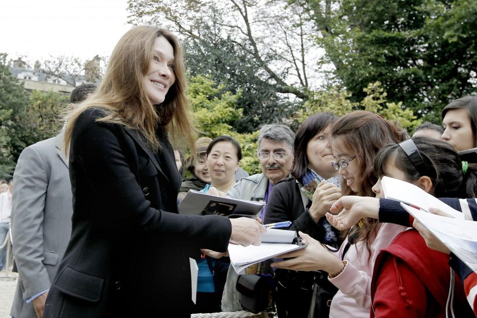 Carla Bruni Makes First Public Appearance Since her Pregnancy