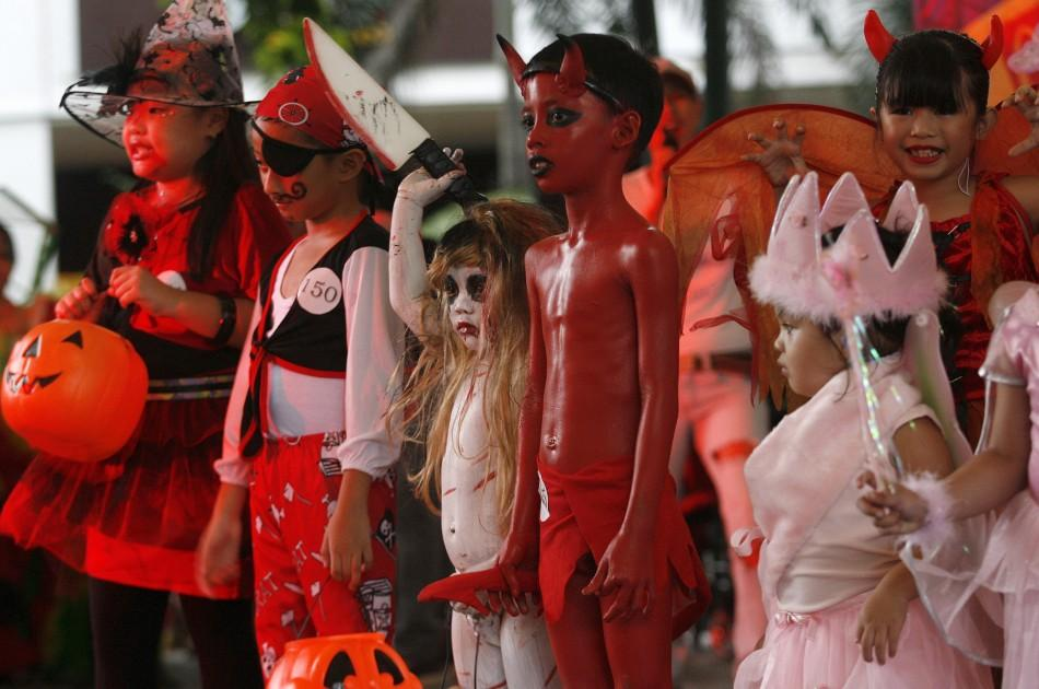 "Halloween 2011: ""Scaredy Cats and Dogs"" Halloween Event in Manila [PHOTOS]"