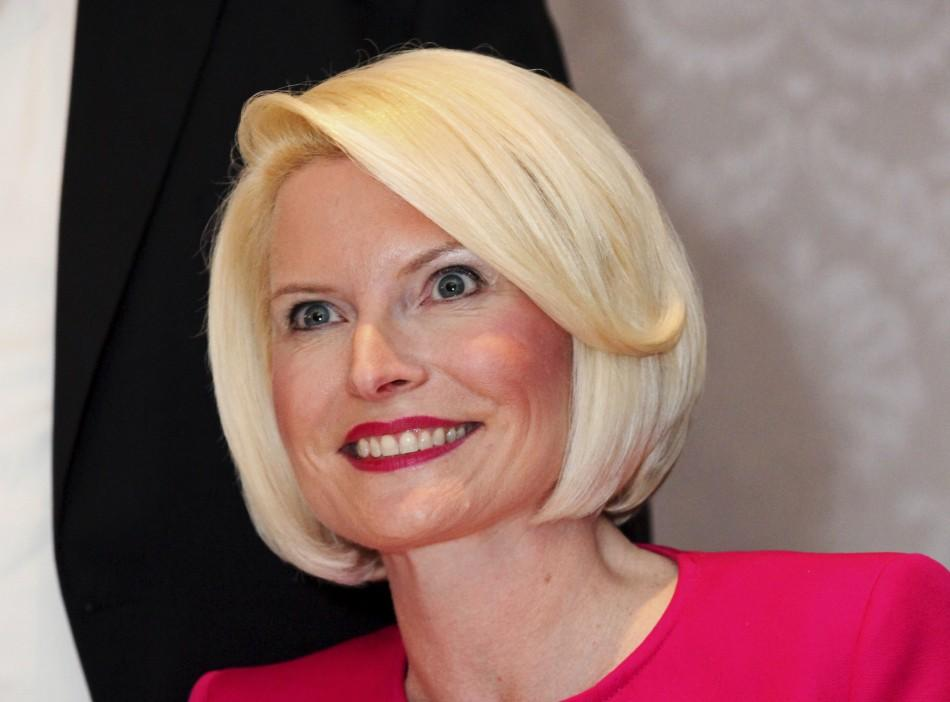 Callista Gingrich S Hair In Pictures Mystery Behind The