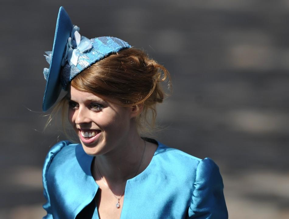 Spectacular Glimpses: Royal Wedding Hats at Zara Phillips-Mike Tindall wedding.