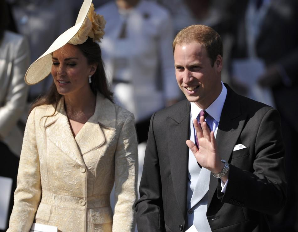 Kate Middleton's Hat at Zara Phillips Wedding